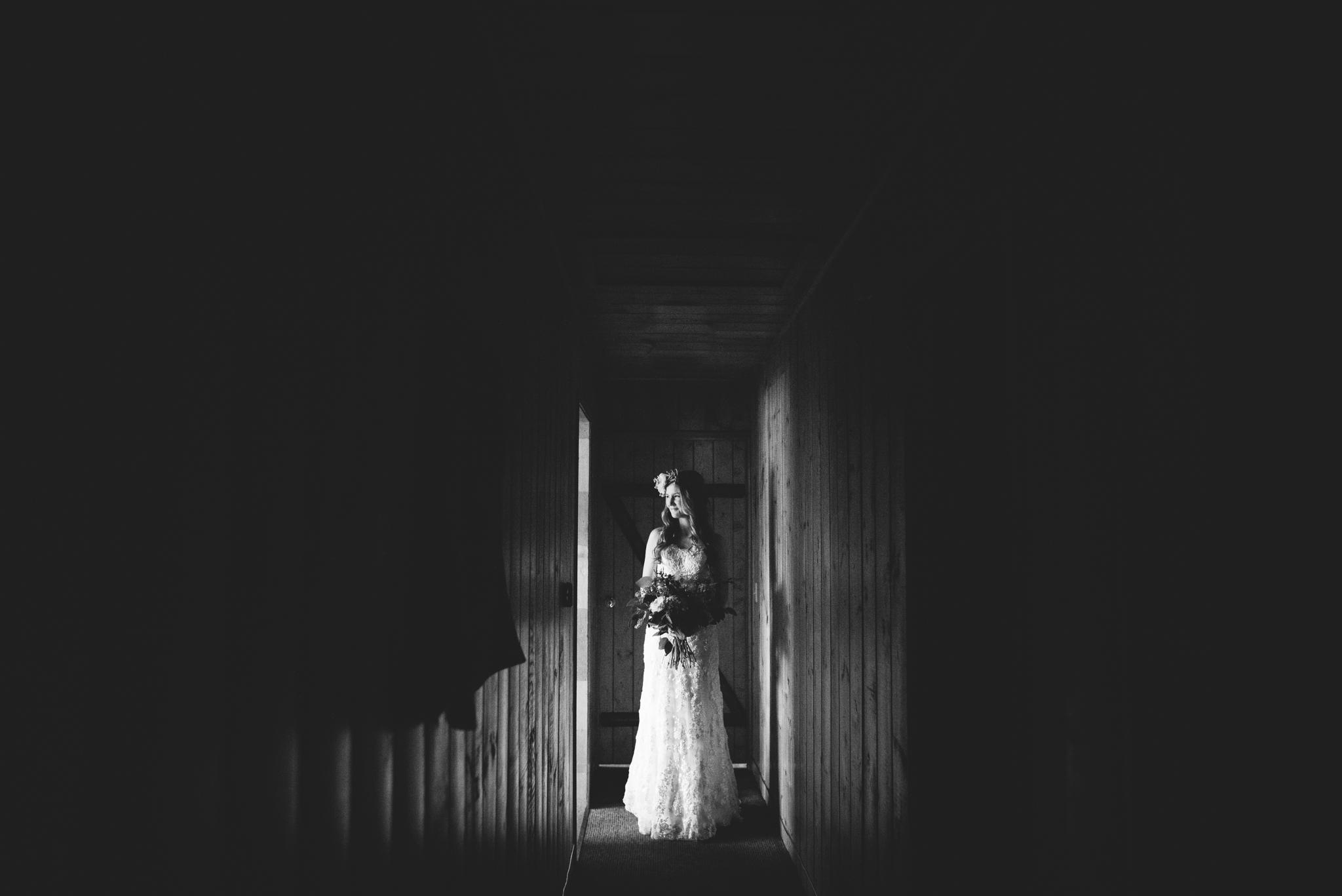 ©Isaiah & Taylor Photography - Pine Rose Cabin - Lake Arrowhead - Los Angeles Wedding Photographer-023.jpg