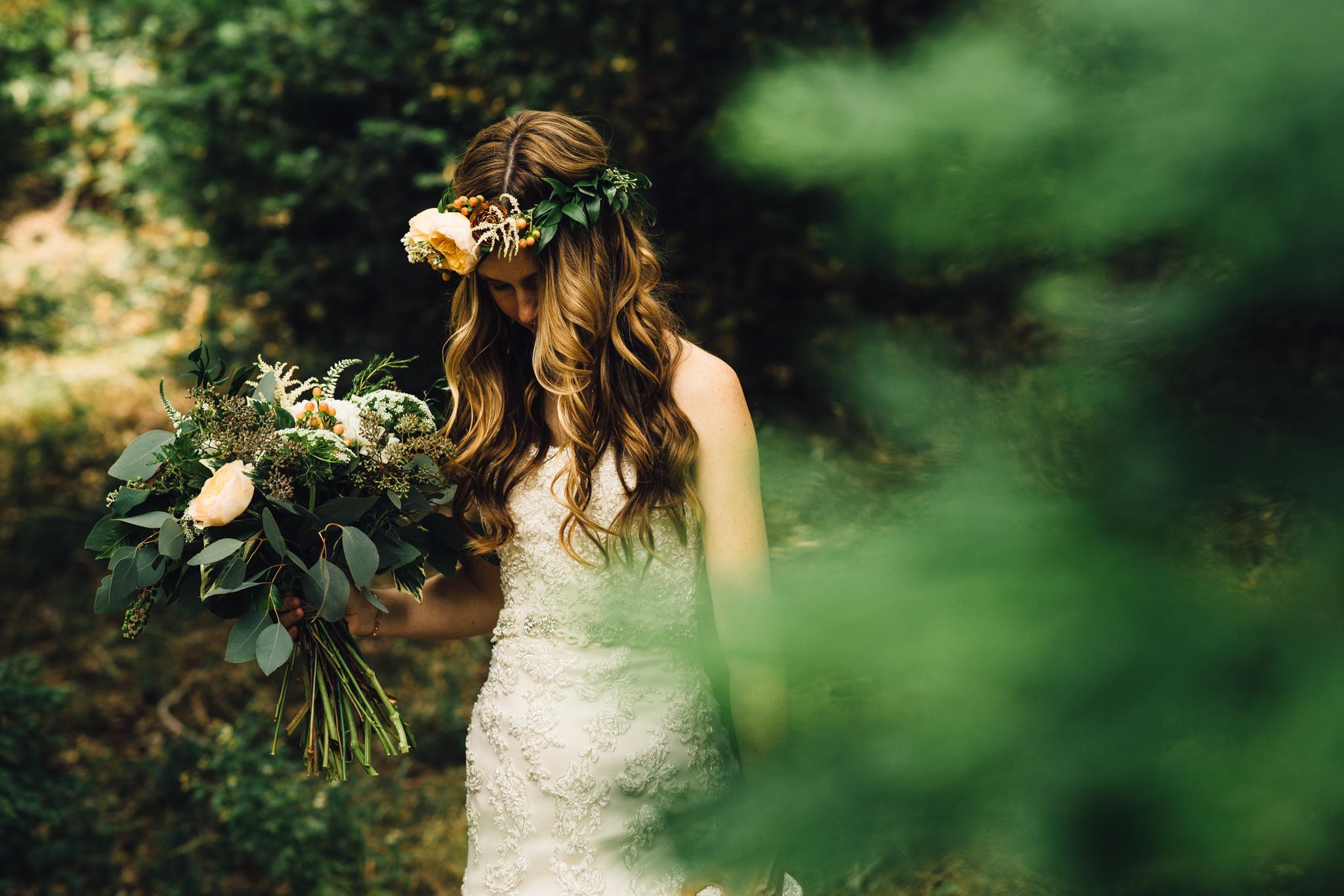 ©Isaiah & Taylor Photography - Pine Rose Cabin - Lake Arrowhead - Los Angeles Wedding Photographer-027.jpg