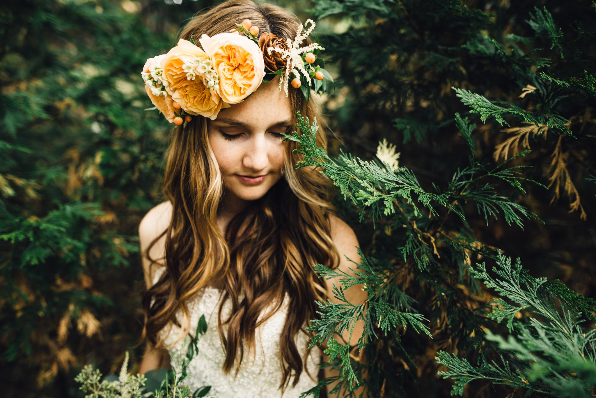 ©Isaiah & Taylor Photography - Pine Rose Cabin - Lake Arrowhead - Los Angeles Wedding Photographer-028.jpg