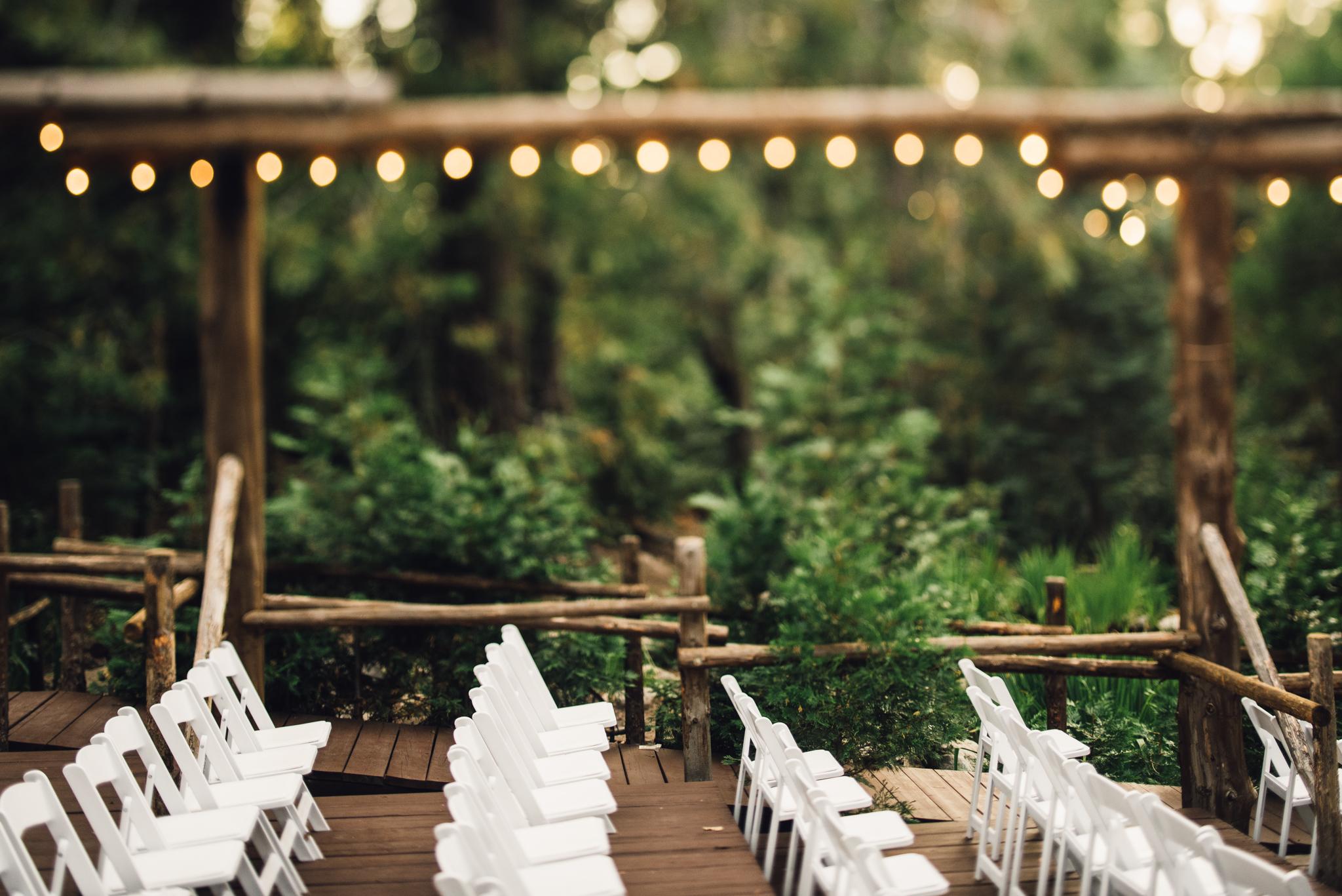©Isaiah & Taylor Photography - Pine Rose Cabin - Lake Arrowhead - Los Angeles Wedding Photographer-037.jpg