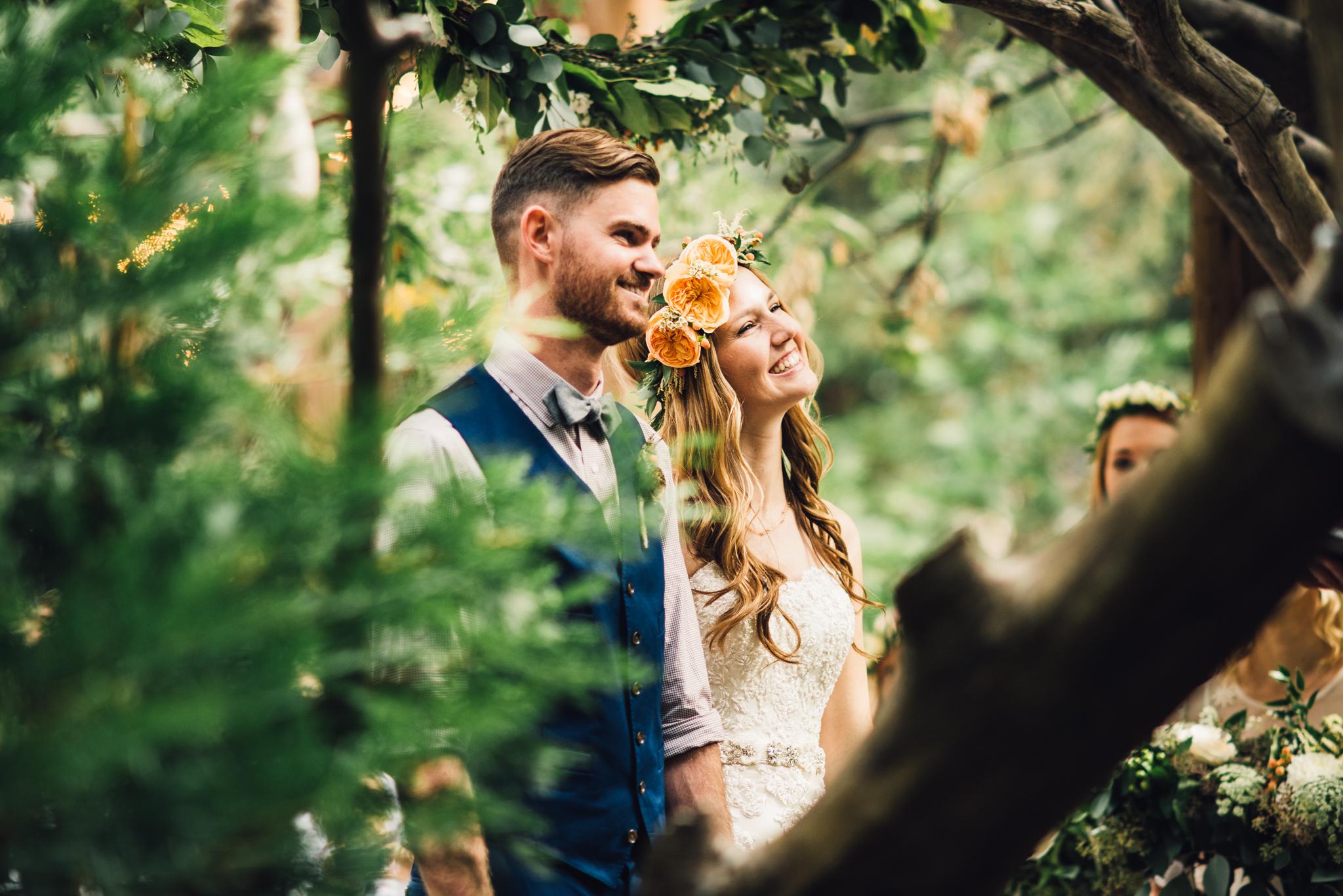 ©Isaiah & Taylor Photography - Pine Rose Cabin - Lake Arrowhead - Los Angeles Wedding Photographer-043.jpg