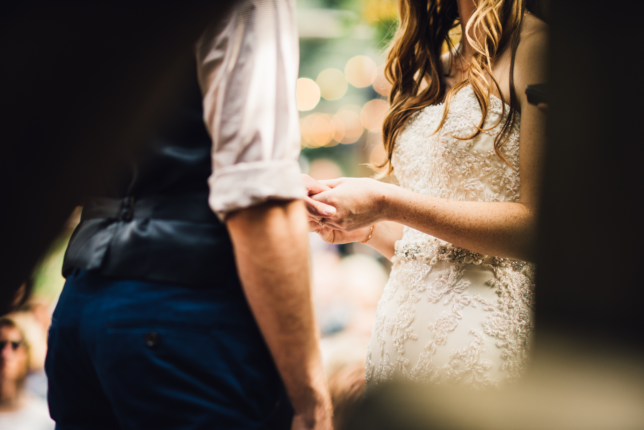 ©Isaiah & Taylor Photography - Pine Rose Cabin - Lake Arrowhead - Los Angeles Wedding Photographer-045.jpg
