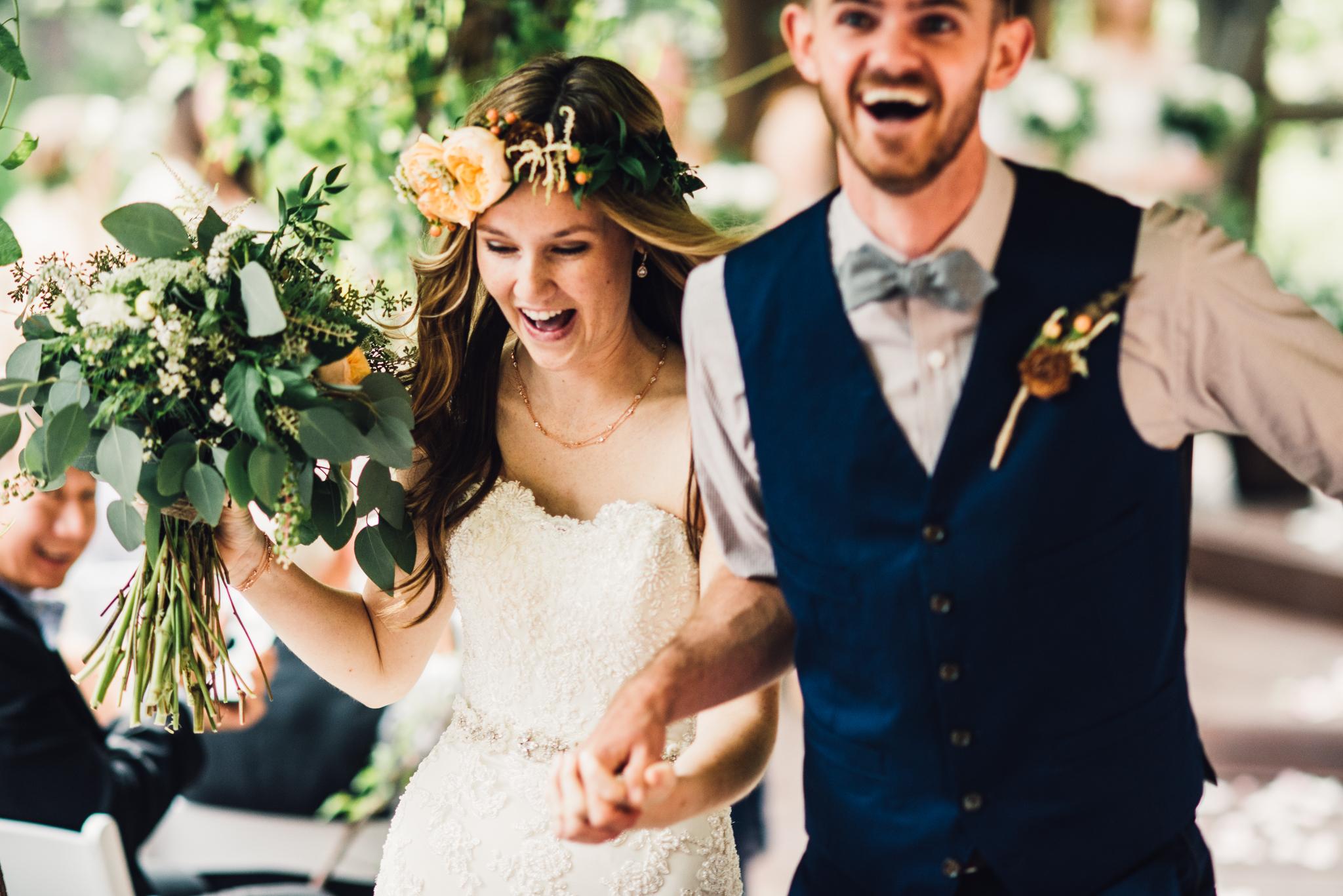 ©Isaiah & Taylor Photography - Pine Rose Cabin - Lake Arrowhead - Los Angeles Wedding Photographer-050.jpg