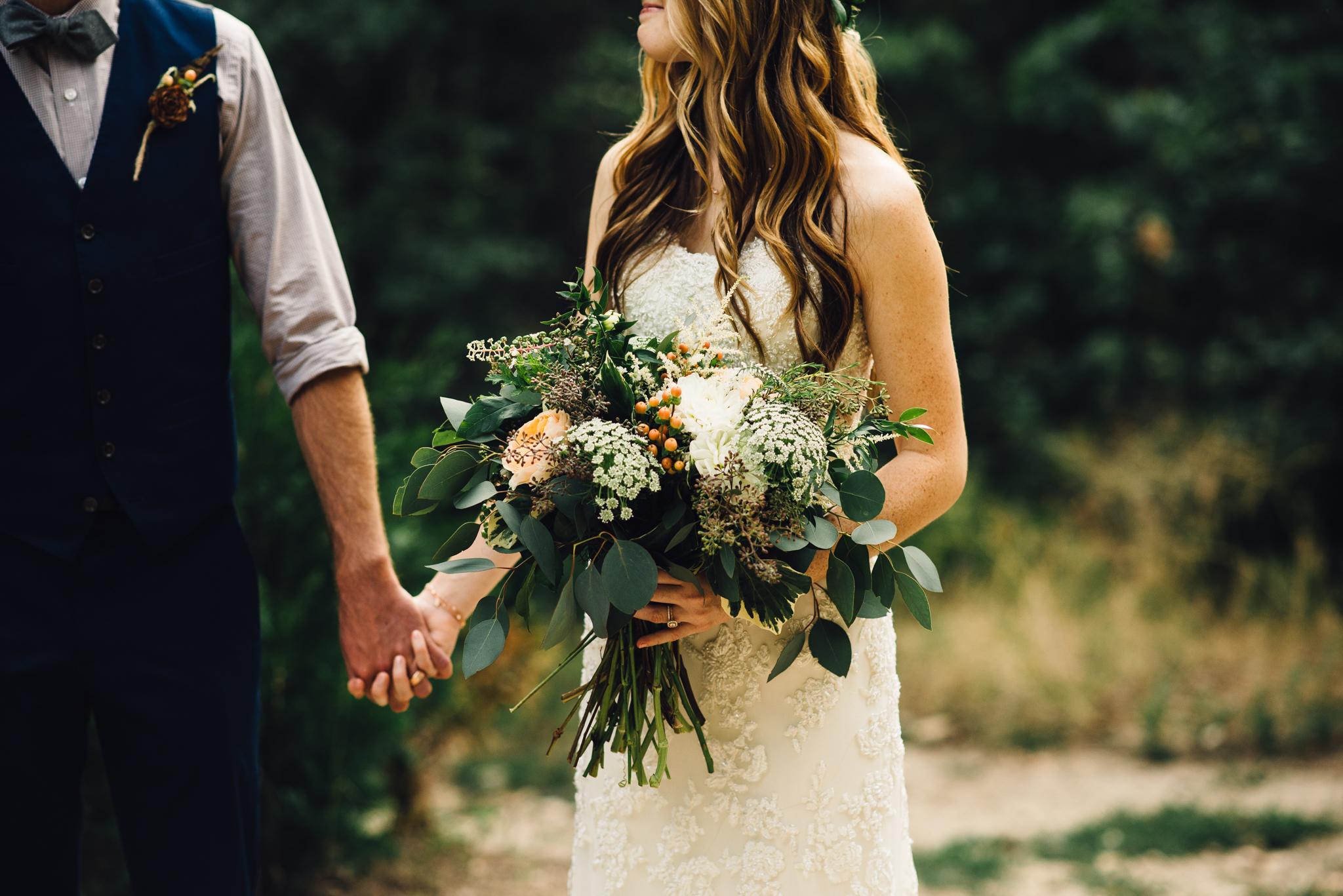 ©Isaiah & Taylor Photography - Pine Rose Cabin - Lake Arrowhead - Los Angeles Wedding Photographer-061.jpg