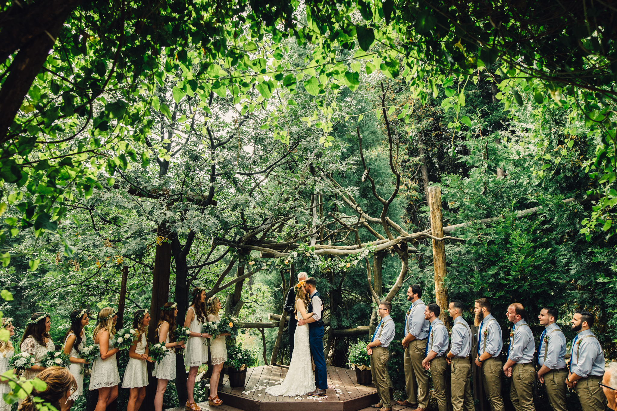©Isaiah & Taylor Photography - Pine Rose Cabin - Lake Arrowhead - Los Angeles Wedding Photographer-048.jpg