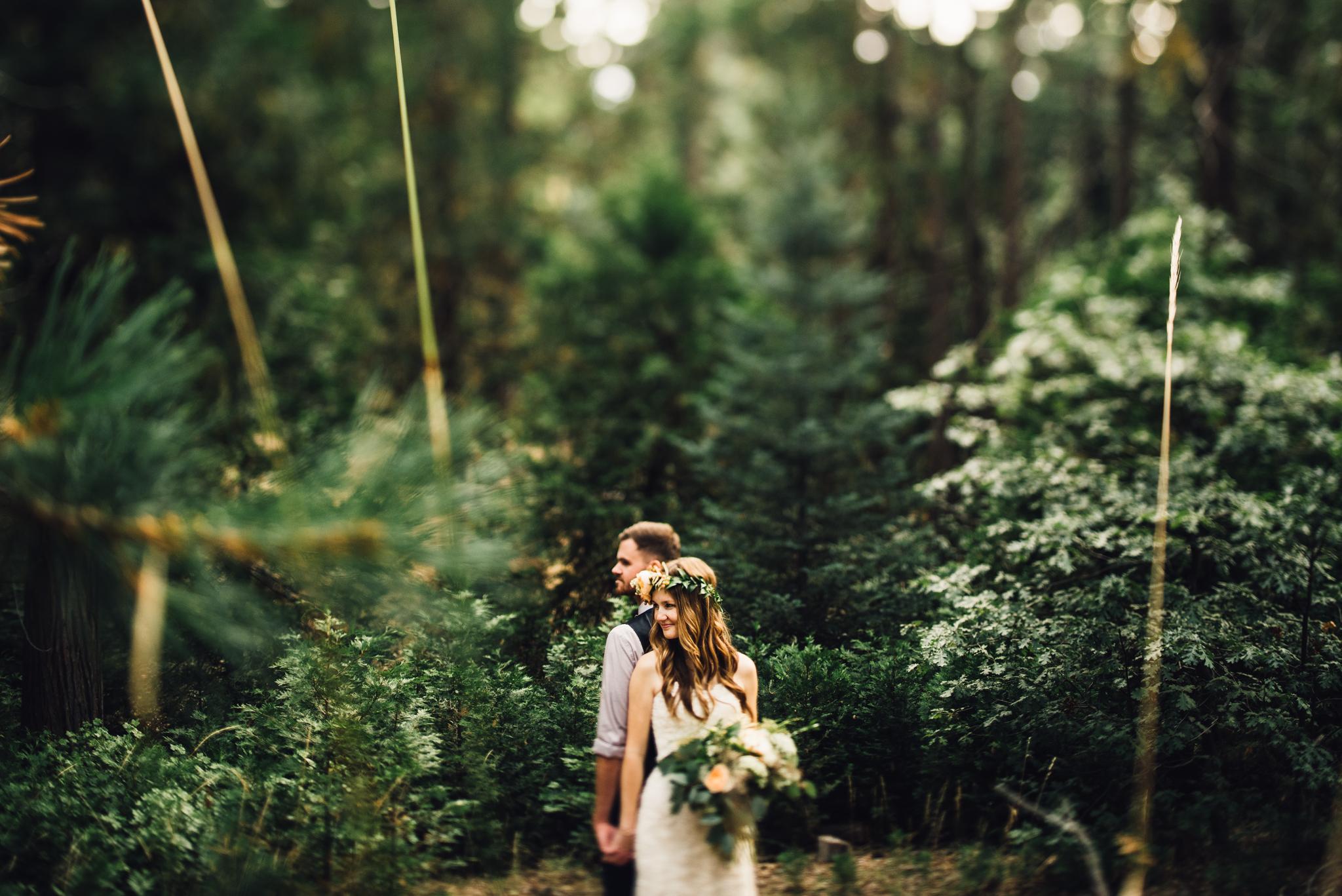 ©Isaiah & Taylor Photography - Pine Rose Cabin - Lake Arrowhead - Los Angeles Wedding Photographer-083.jpg