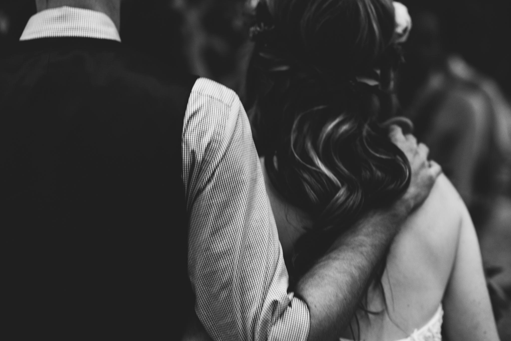 ©Isaiah & Taylor Photography - Pine Rose Cabin - Lake Arrowhead - Los Angeles Wedding Photographer-088.jpg