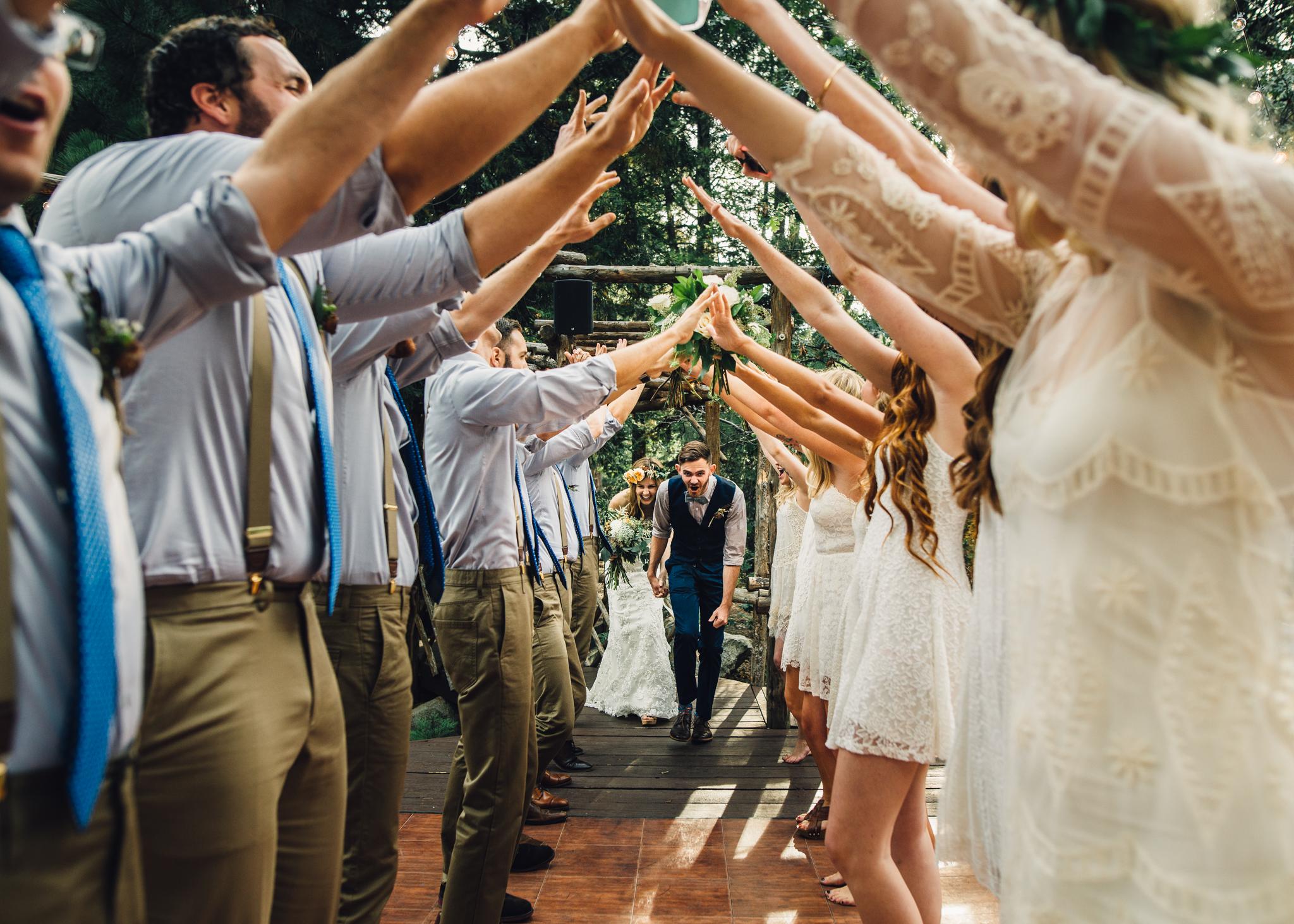 ©Isaiah & Taylor Photography - Pine Rose Cabin - Lake Arrowhead - Los Angeles Wedding Photographer-113.jpg