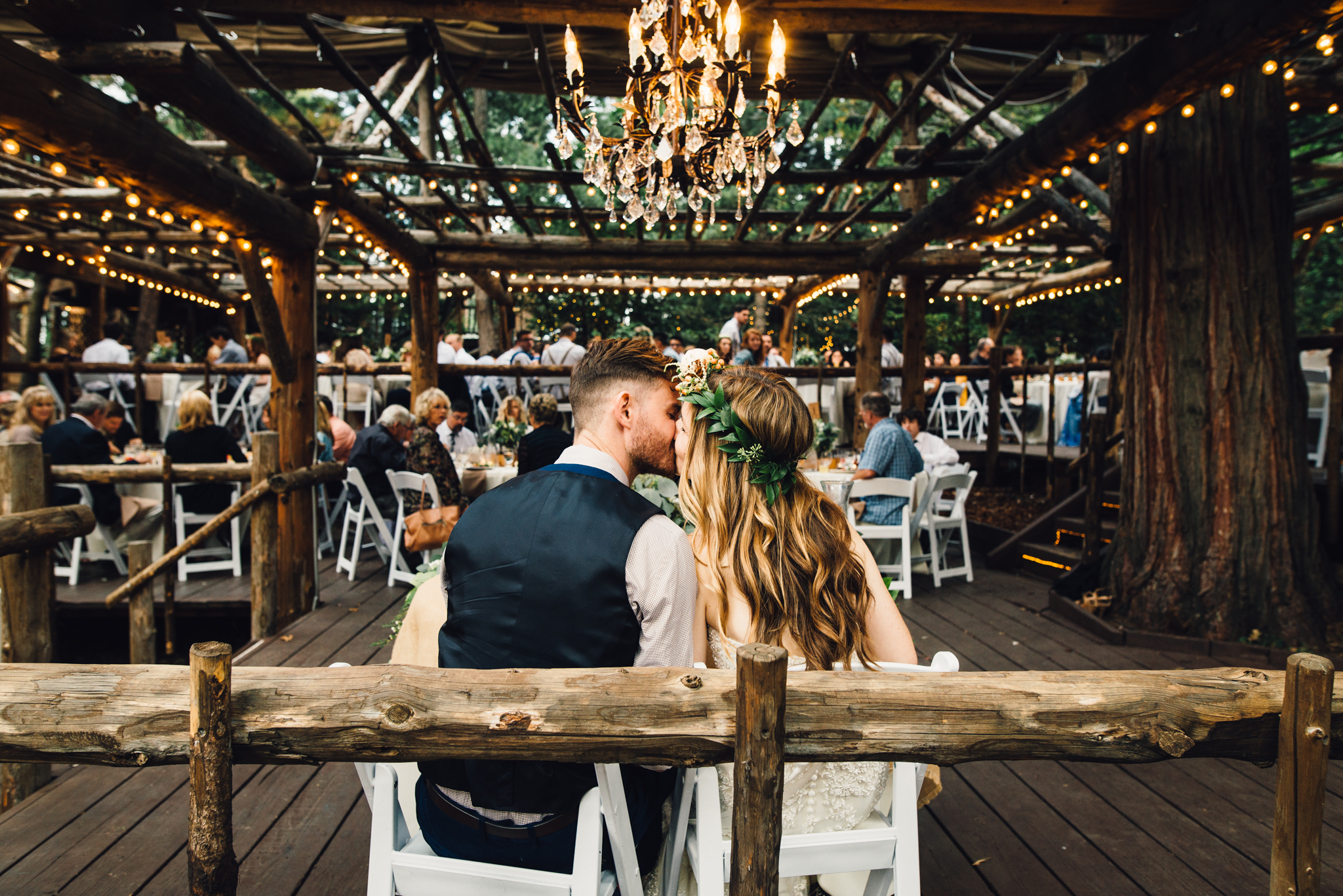 ©Isaiah & Taylor Photography - Pine Rose Cabin - Lake Arrowhead - Los Angeles Wedding Photographer-130.jpg