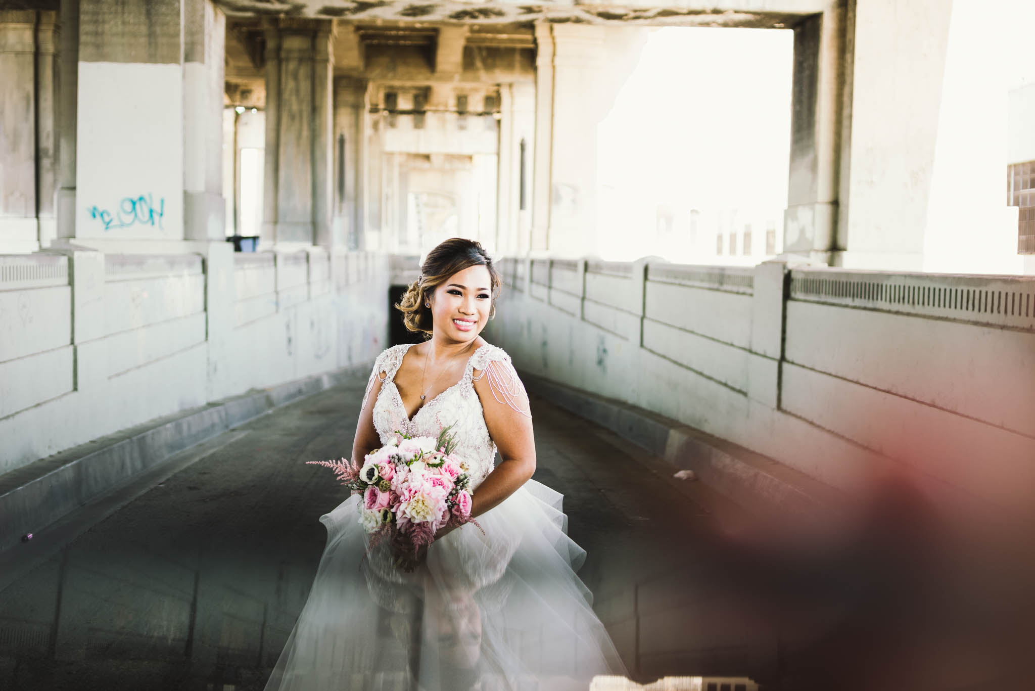 ©Isaiah & Taylor Photography - Los Angeles Wedding Photographer - Lot 613 Warehouse Space-13.jpg