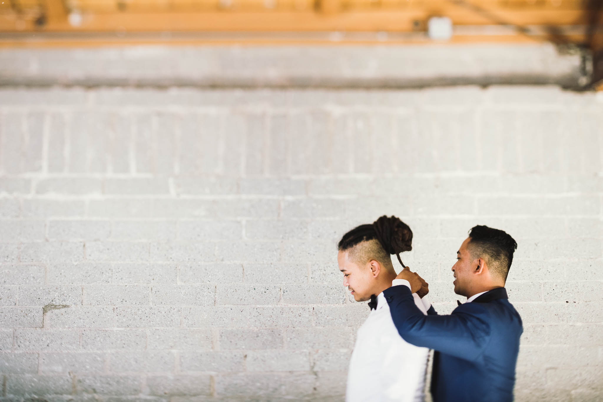 ©Isaiah & Taylor Photography - Los Angeles Wedding Photographer - Lot 613 Warehouse Space-9.jpg