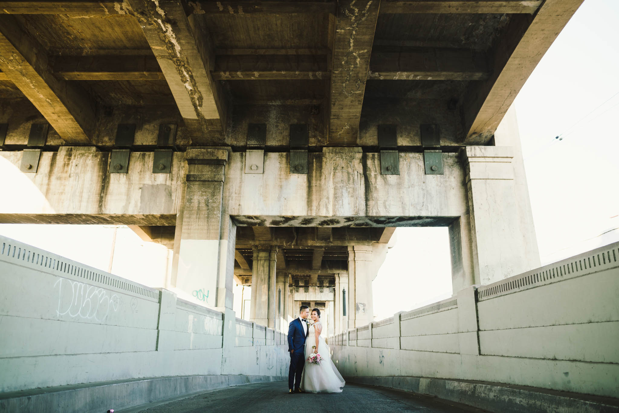 ©Isaiah & Taylor Photography - Los Angeles Wedding Photographer - Lot 613 Warehouse Space-49.jpg