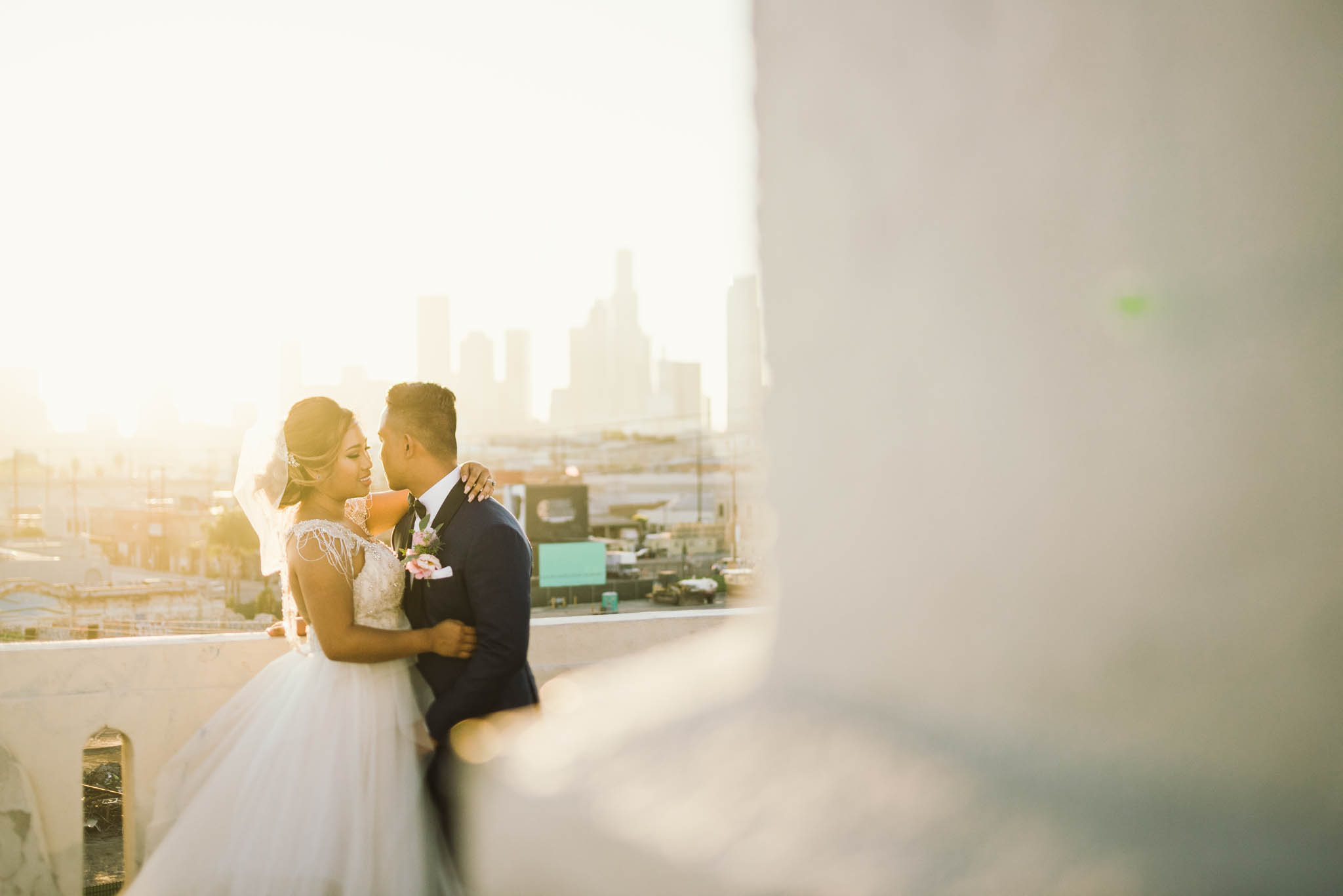 ©Isaiah & Taylor Photography - Los Angeles Wedding Photographer - Lot 613 Warehouse Space-60.jpg