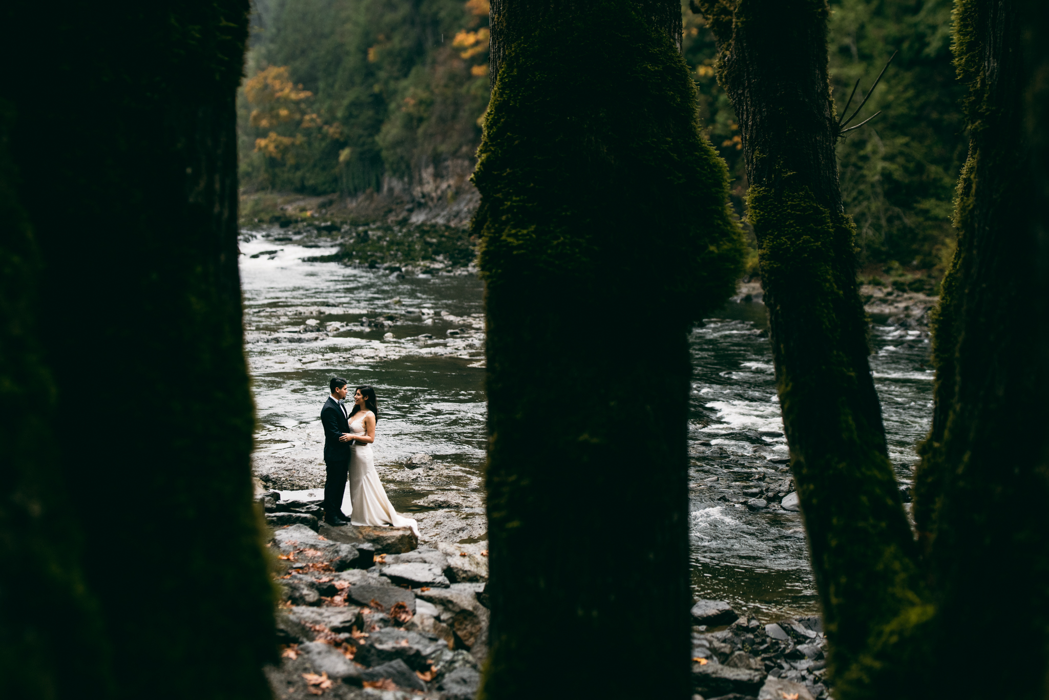©Isaiah & Taylor Photography - Los Angeles Wedding - Snoqualmie, Washington Honeymoon-011.jpg