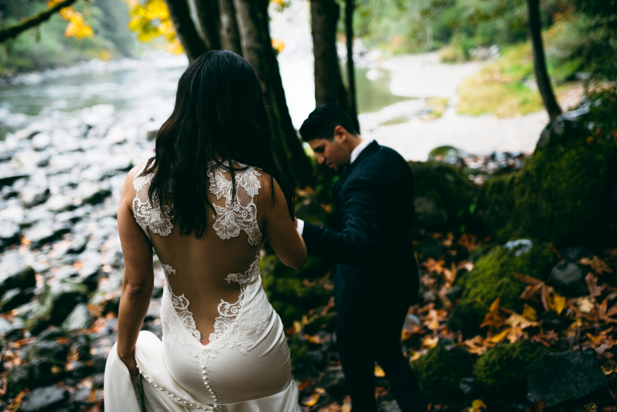 ©Isaiah & Taylor Photography - Los Angeles Wedding - Snoqualmie, Washington Honeymoon-021.jpg