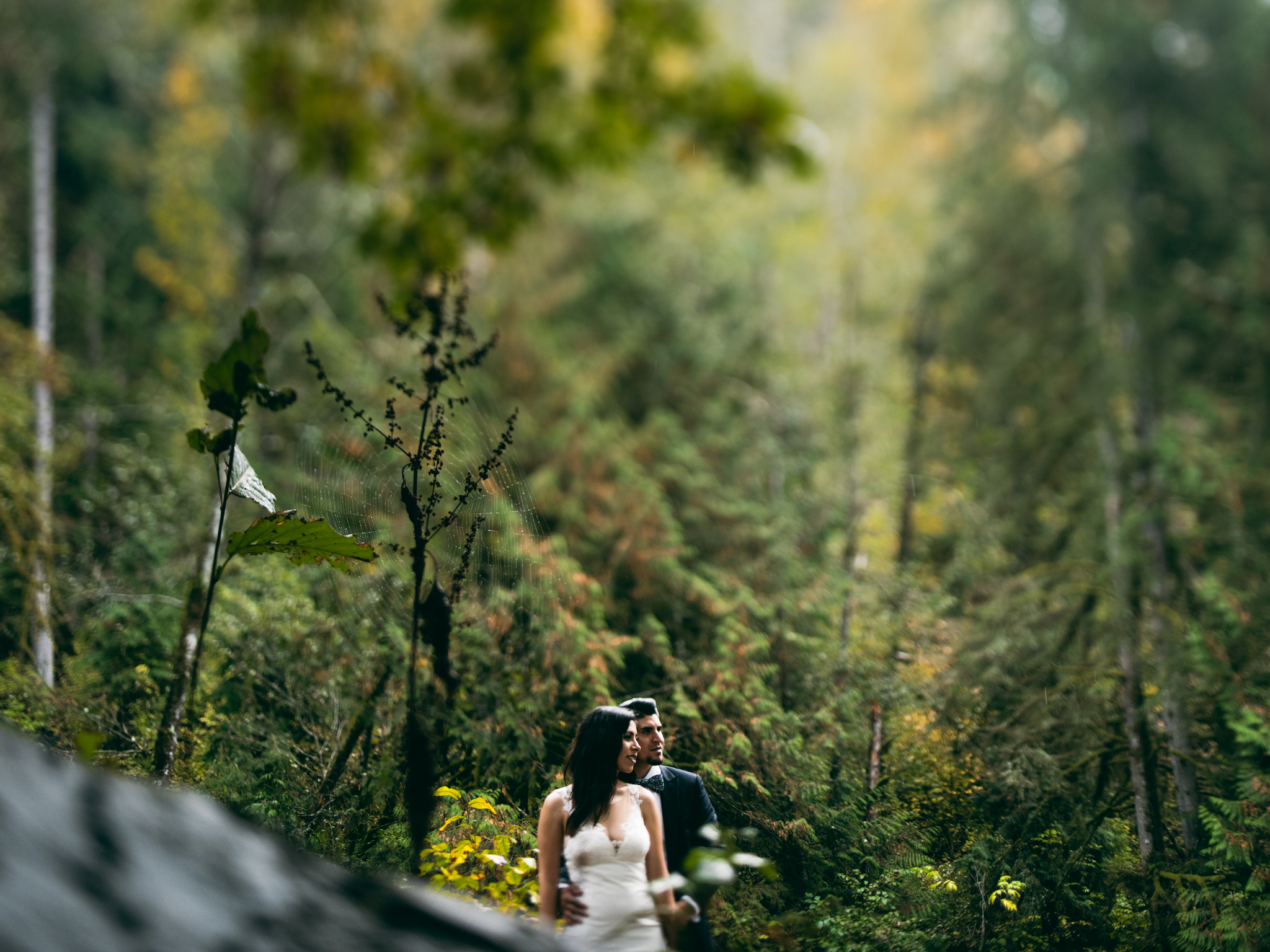 ©Isaiah & Taylor Photography - Los Angeles Wedding - Snoqualmie, Washington Honeymoon-036.jpg