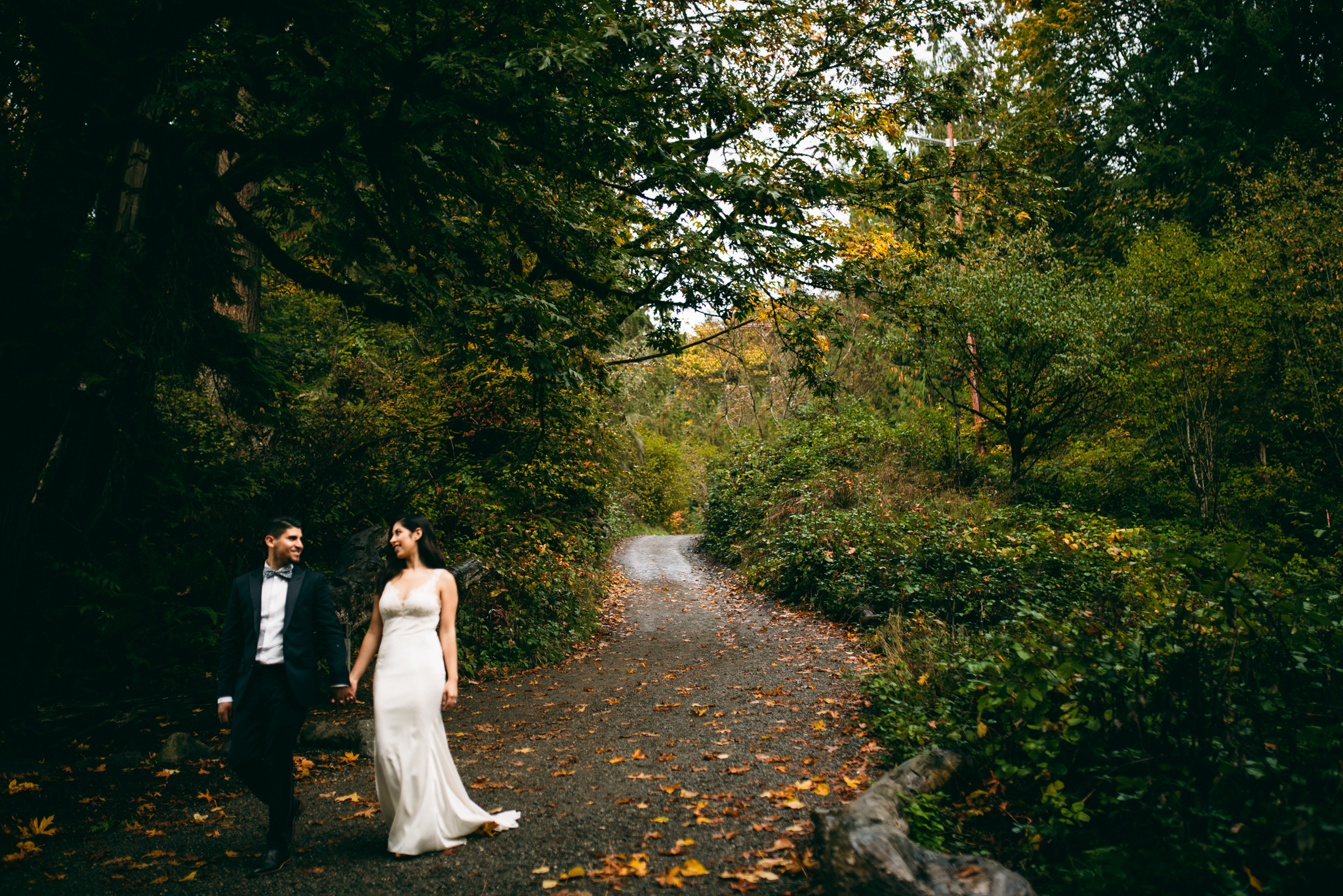 ©Isaiah & Taylor Photography - Los Angeles Wedding - Snoqualmie, Washington Honeymoon-041.jpg