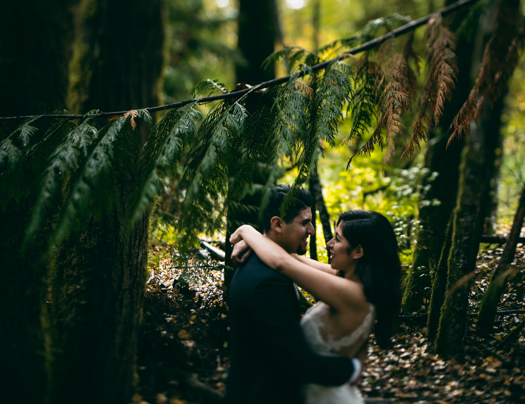 ©Isaiah & Taylor Photography - Los Angeles Wedding - Snoqualmie, Washington Honeymoon-044.jpg