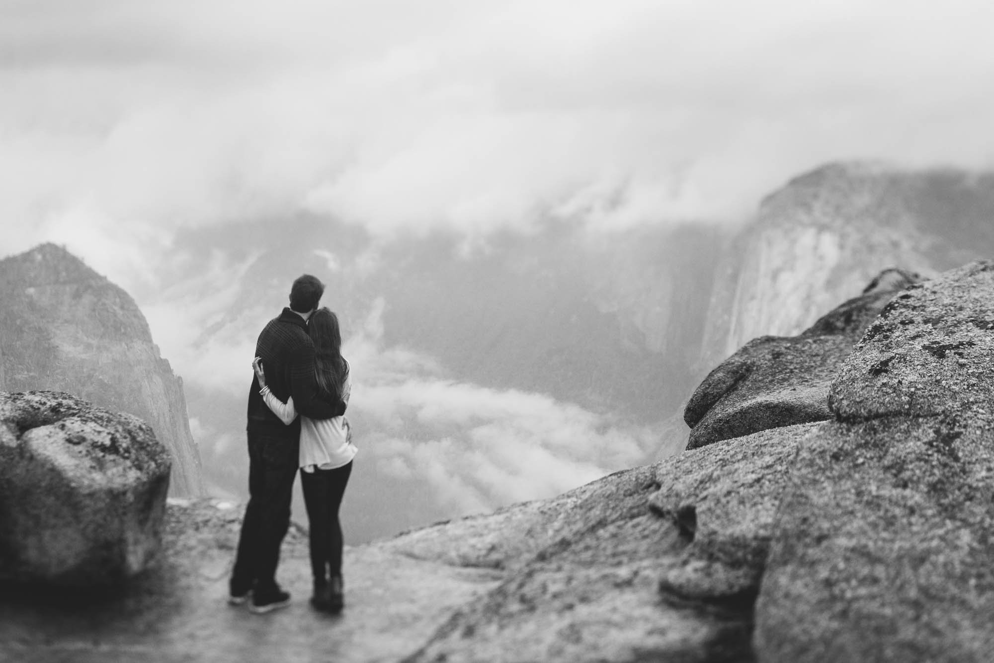 ©Isaiah & Taylor Photography - Stormy Cliffside Engagement, Yosemite California-30.jpg