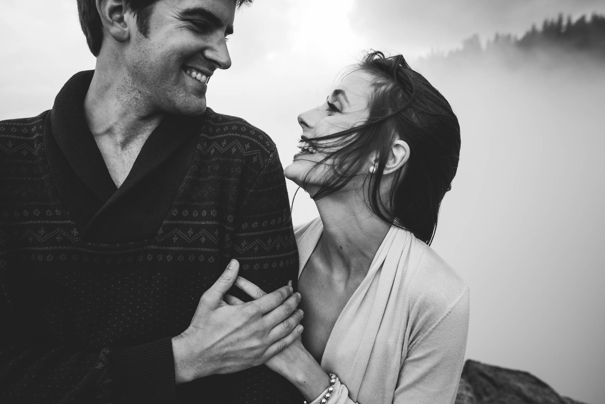 ©Isaiah & Taylor Photography - Stormy Cliffside Engagement, Yosemite California-33.jpg