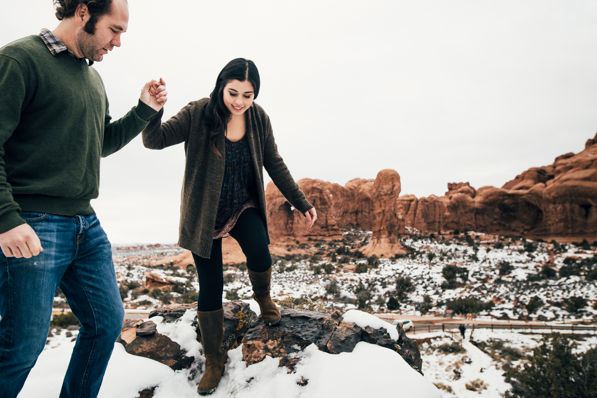 ©Isaiah & Taylor Photography - Arches National Park Adventure Engagement, Moab Utah-006.jpg