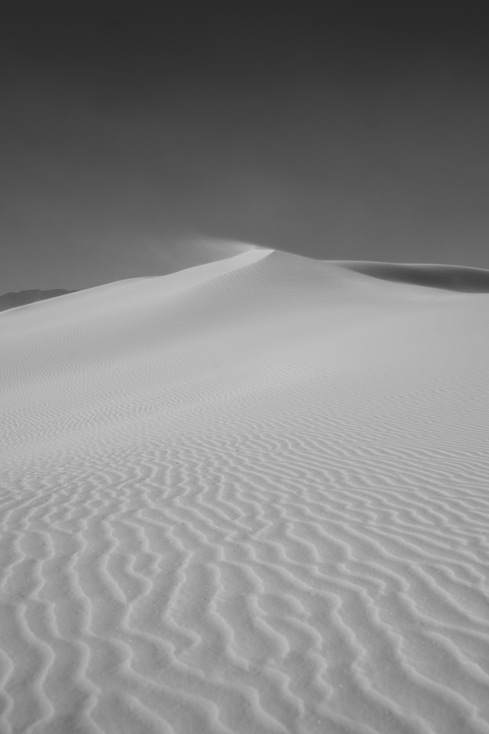 ©Isaiah & Taylor Photography - White Sands Natioanl Monument, New Mexico Engagement-002.jpg