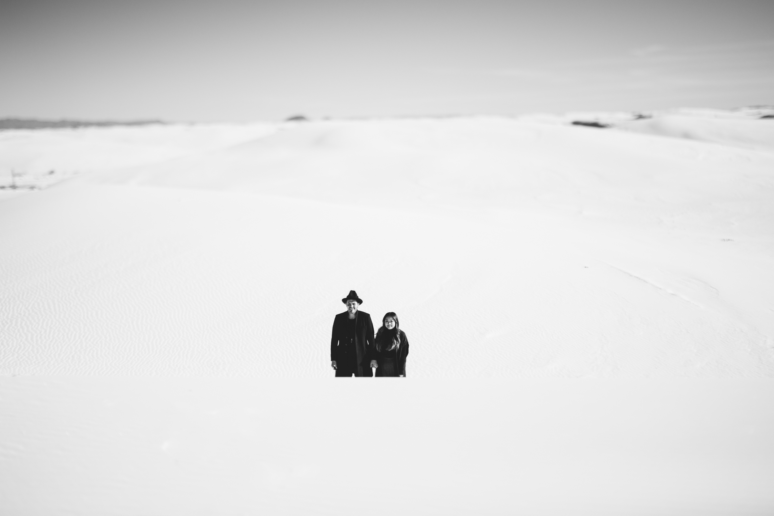 ©Isaiah & Taylor Photography - White Sands Natioanl Monument, New Mexico Engagement-015.jpg