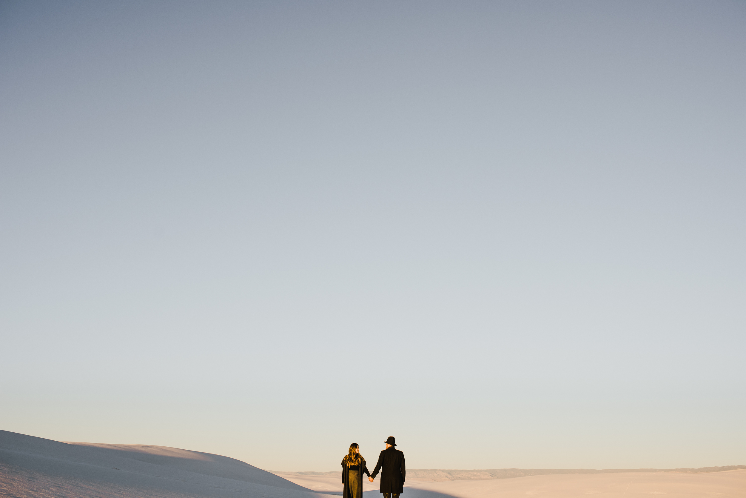 ©Isaiah & Taylor Photography - White Sands Natioanl Monument, New Mexico Engagement-060.jpg