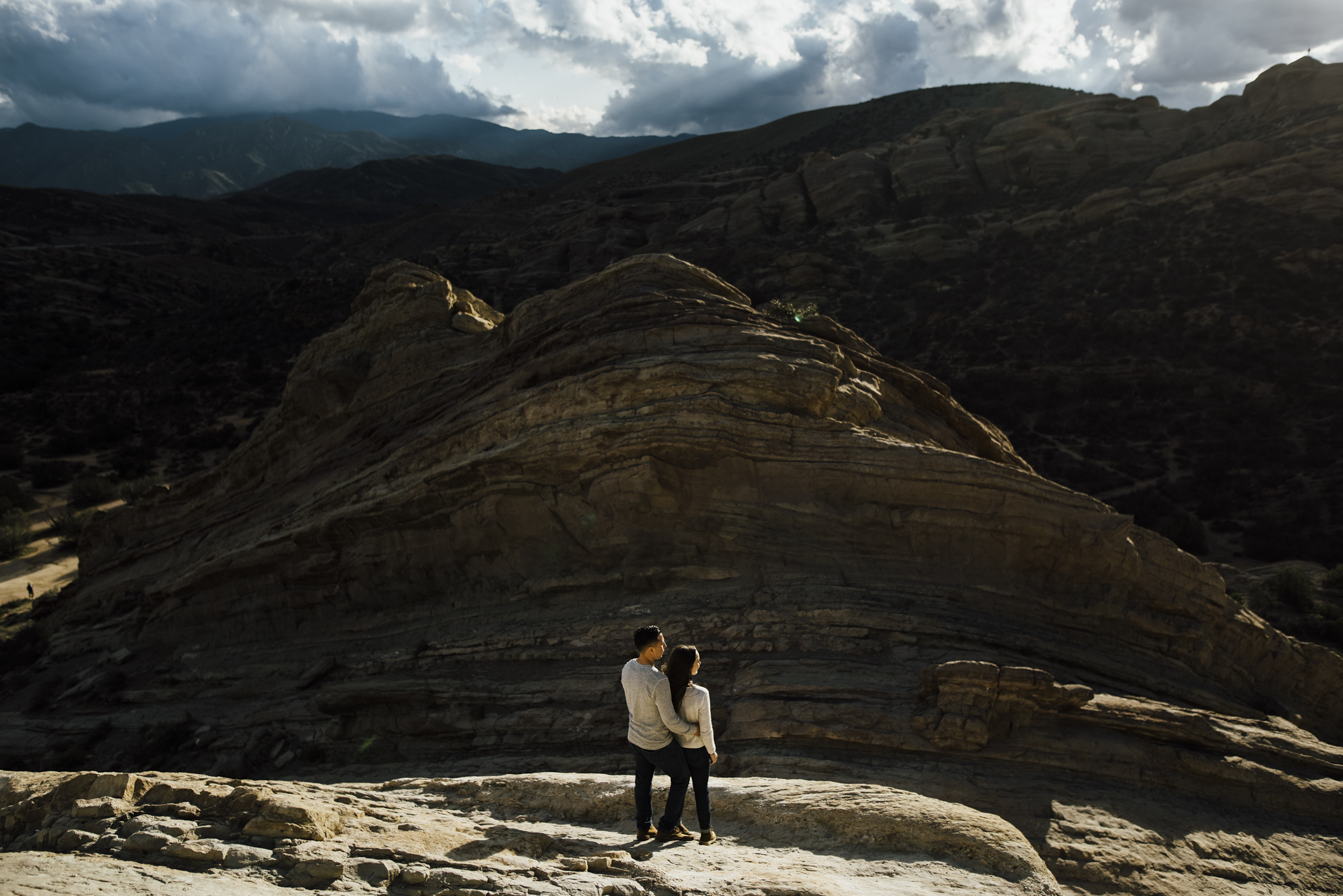 ©Isaiah-&-Taylor-Photography---Vasquez-Rocks-Engagement-028.jpg