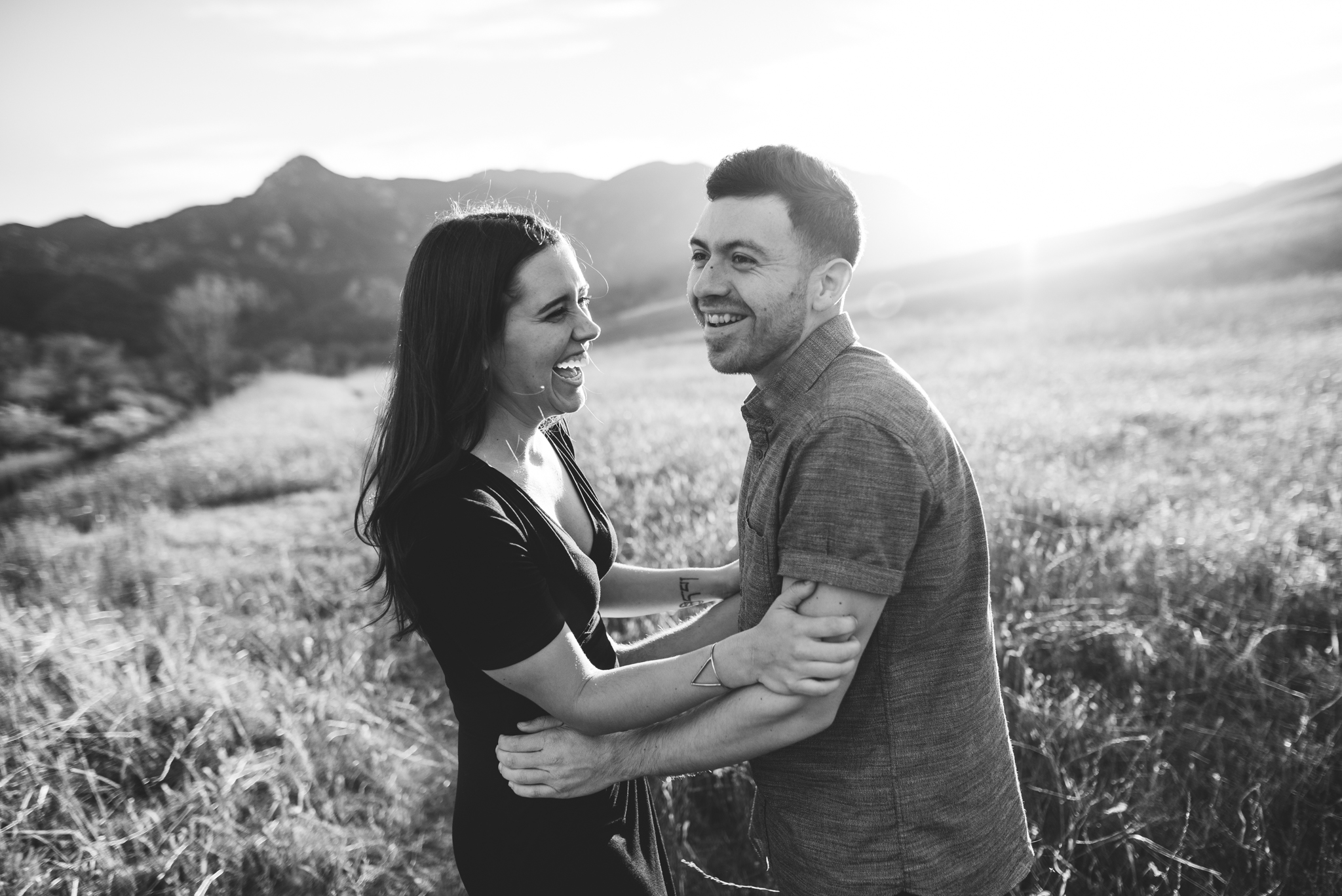 ©Isaiah-&-Taylor-Photography---Malibu-Field-Engagement,-Southern-California-Wedding-Photographer-006.jpg