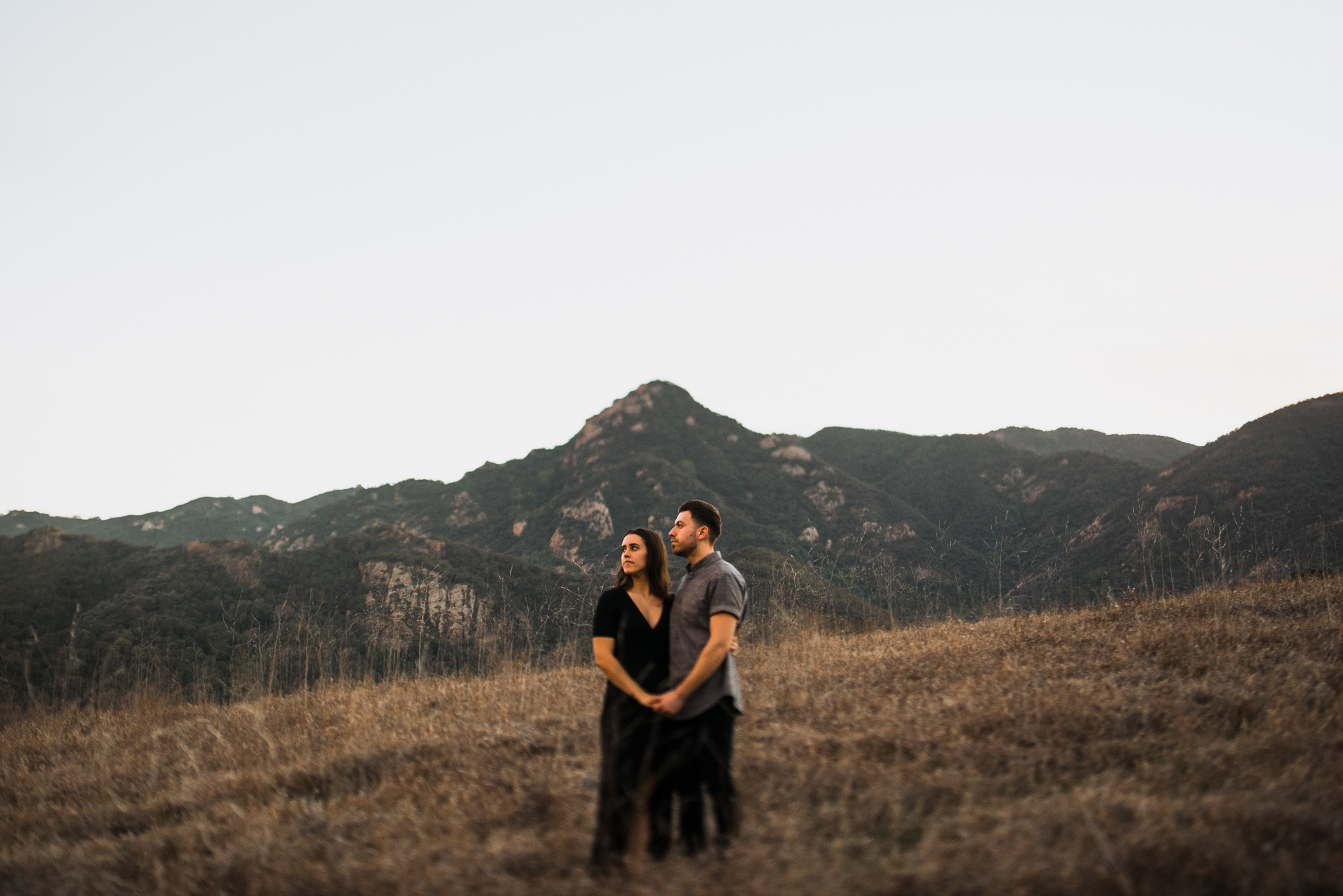 ©Isaiah-&-Taylor-Photography---Malibu-Field-Engagement,-Southern-California-Wedding-Photographer-023.jpg