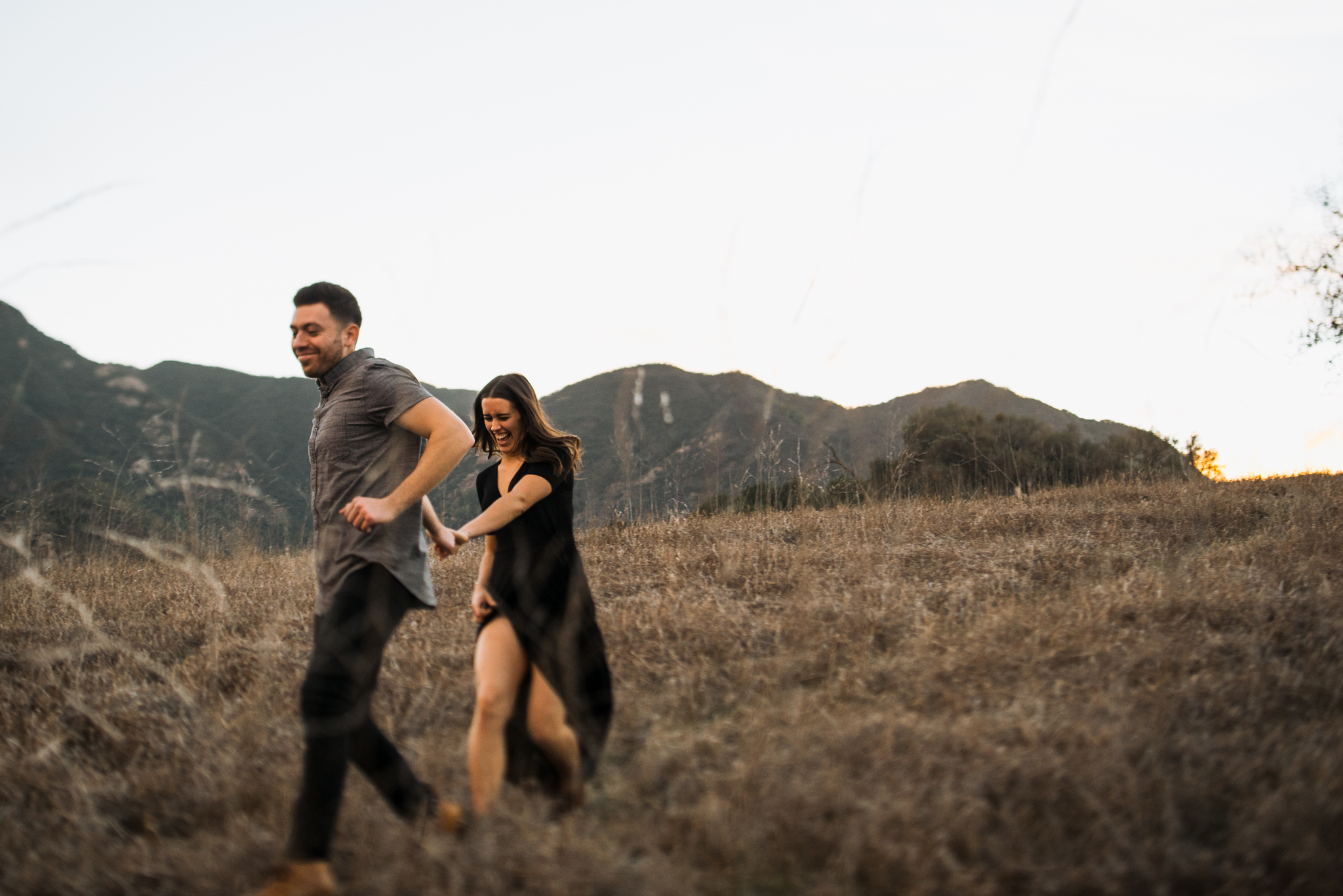 ©Isaiah-&-Taylor-Photography---Malibu-Field-Engagement,-Southern-California-Wedding-Photographer-024.jpg