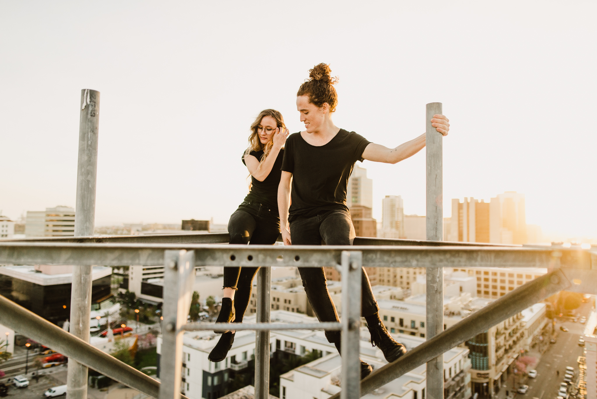 ©Isaiah-&-Taylor-Photography---Urban-Rooftop-Engagement,-Los-Angeles-Wedding-Photographer-015.jpg