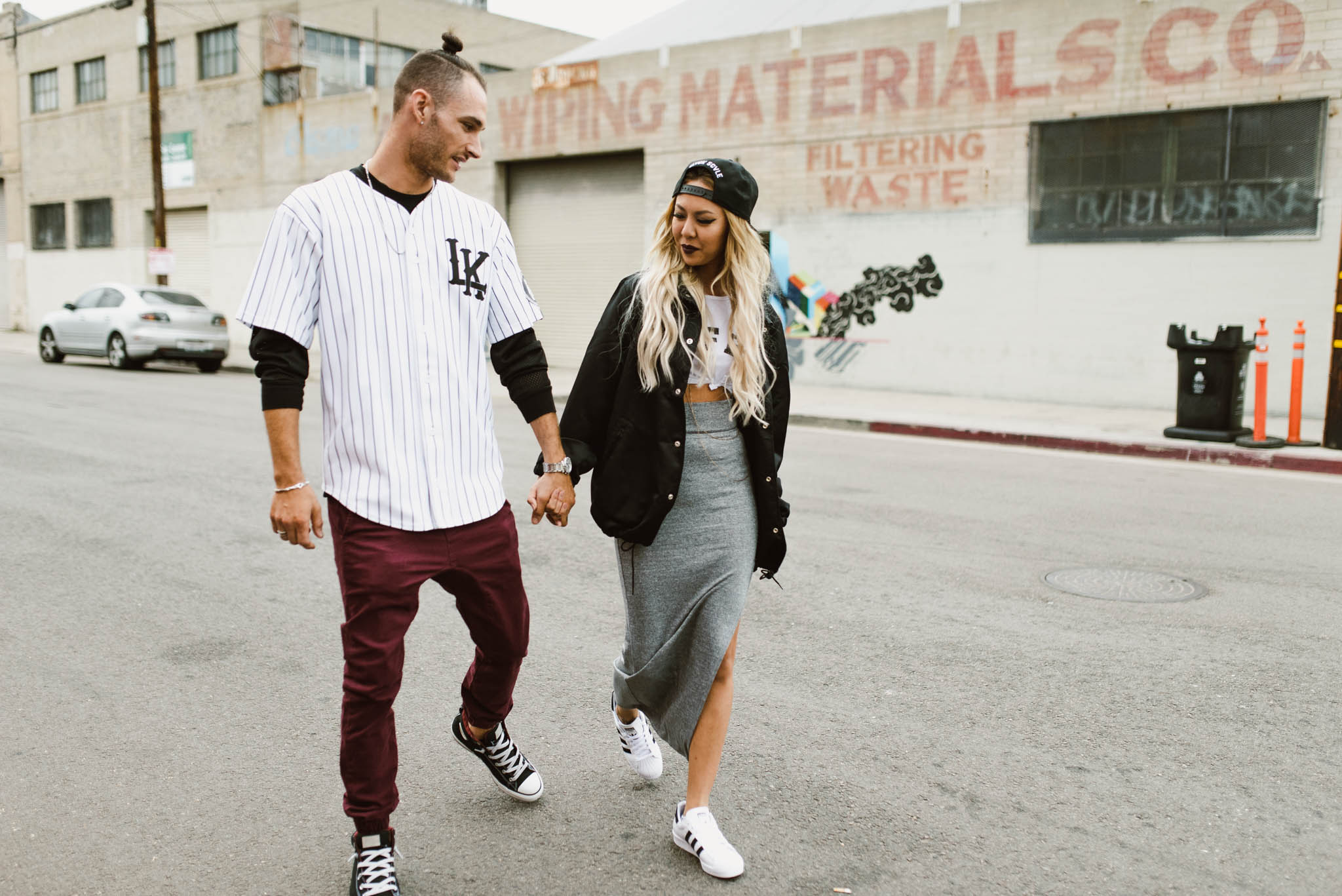 ©Isaiah-&-Taylor-Photography---Downtown-Los-Angeles-Skyline-Engagement-002.jpg