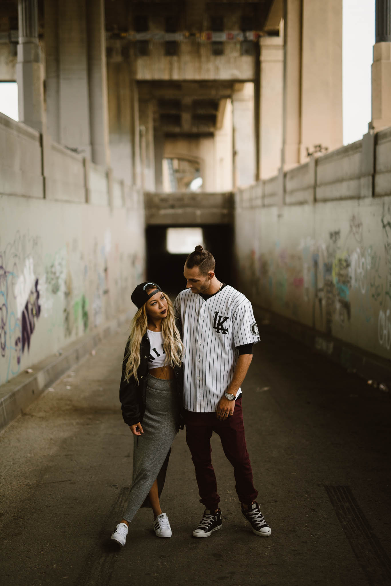 ©Isaiah-&-Taylor-Photography---Downtown-Los-Angeles-Skyline-Engagement-011.jpg