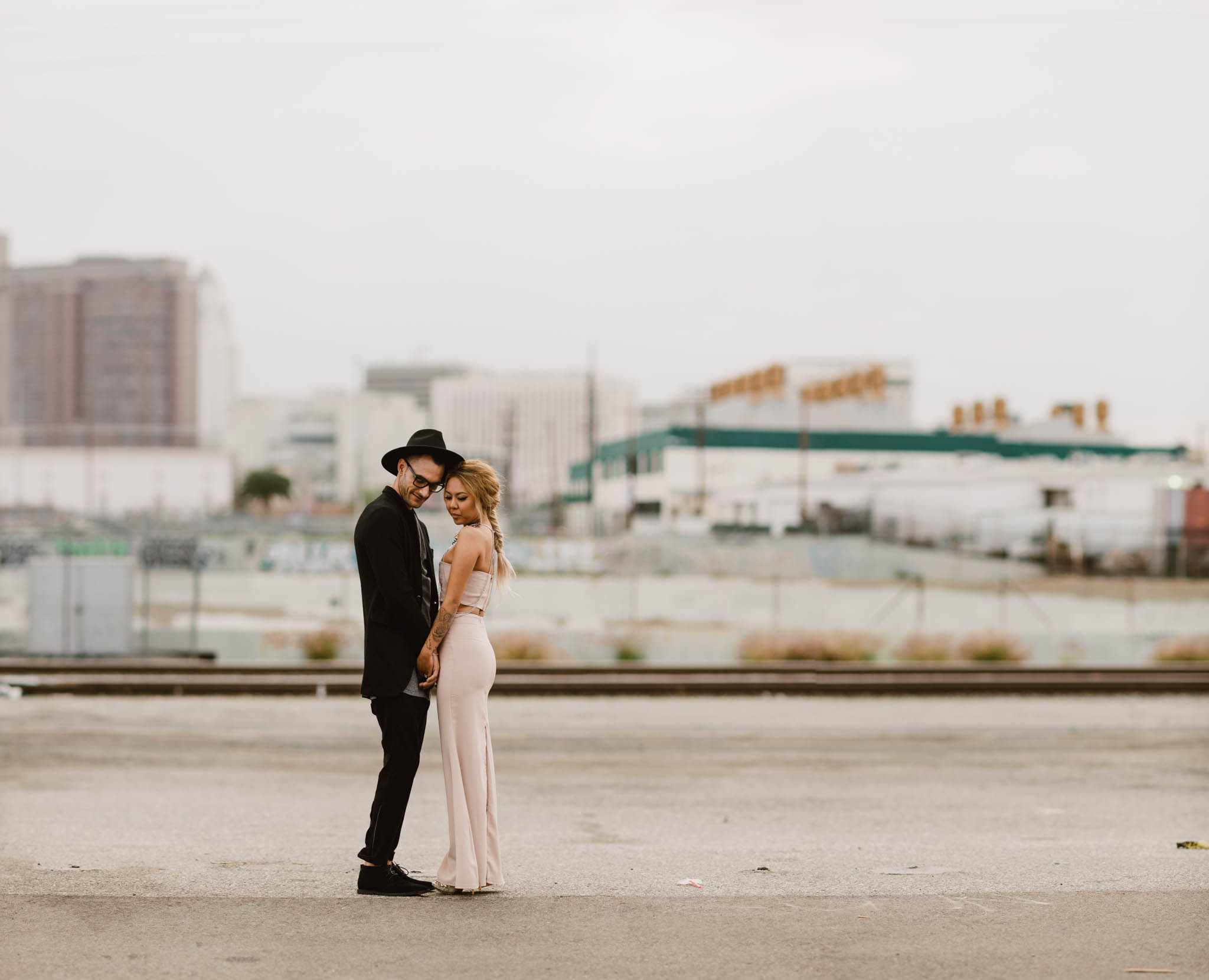 ©Isaiah-&-Taylor-Photography---Downtown-Los-Angeles-Skyline-Engagement-025.jpg