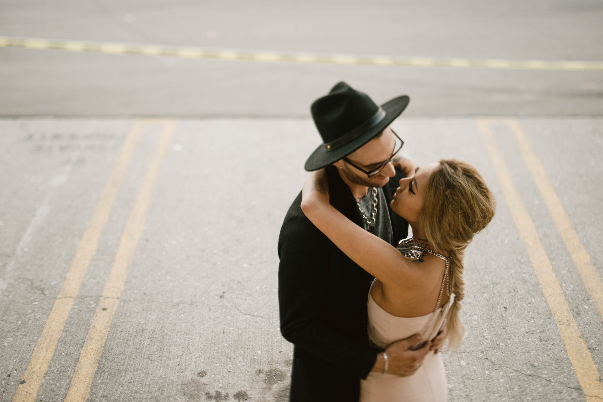 ©Isaiah-&-Taylor-Photography---Downtown-Los-Angeles-Skyline-Engagement-032.jpg