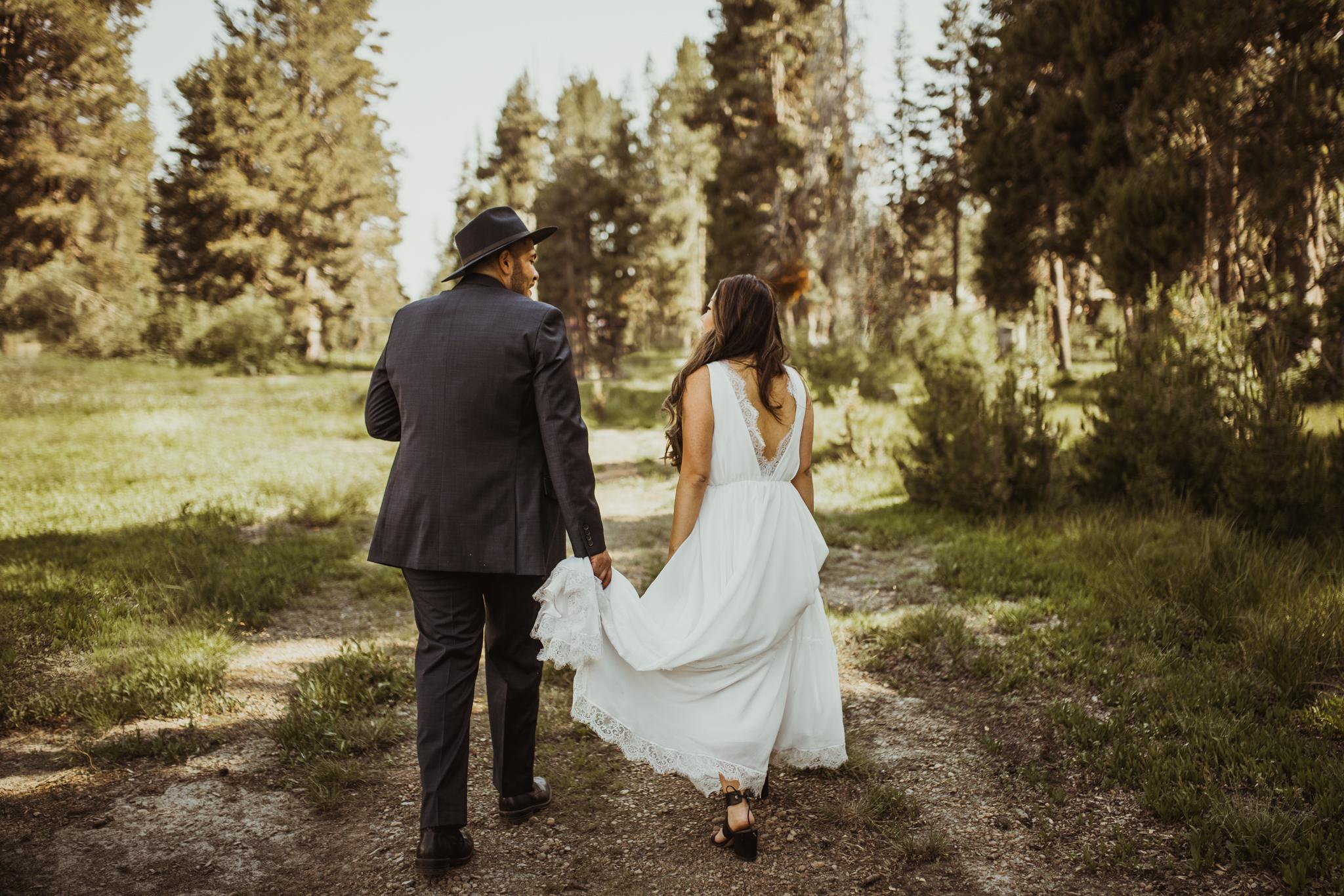 ©Isaiah & Taylor Photography -The Hideout Wedding, Kirkwood California, Lake Tahoe Wedding Photographer-84.jpg