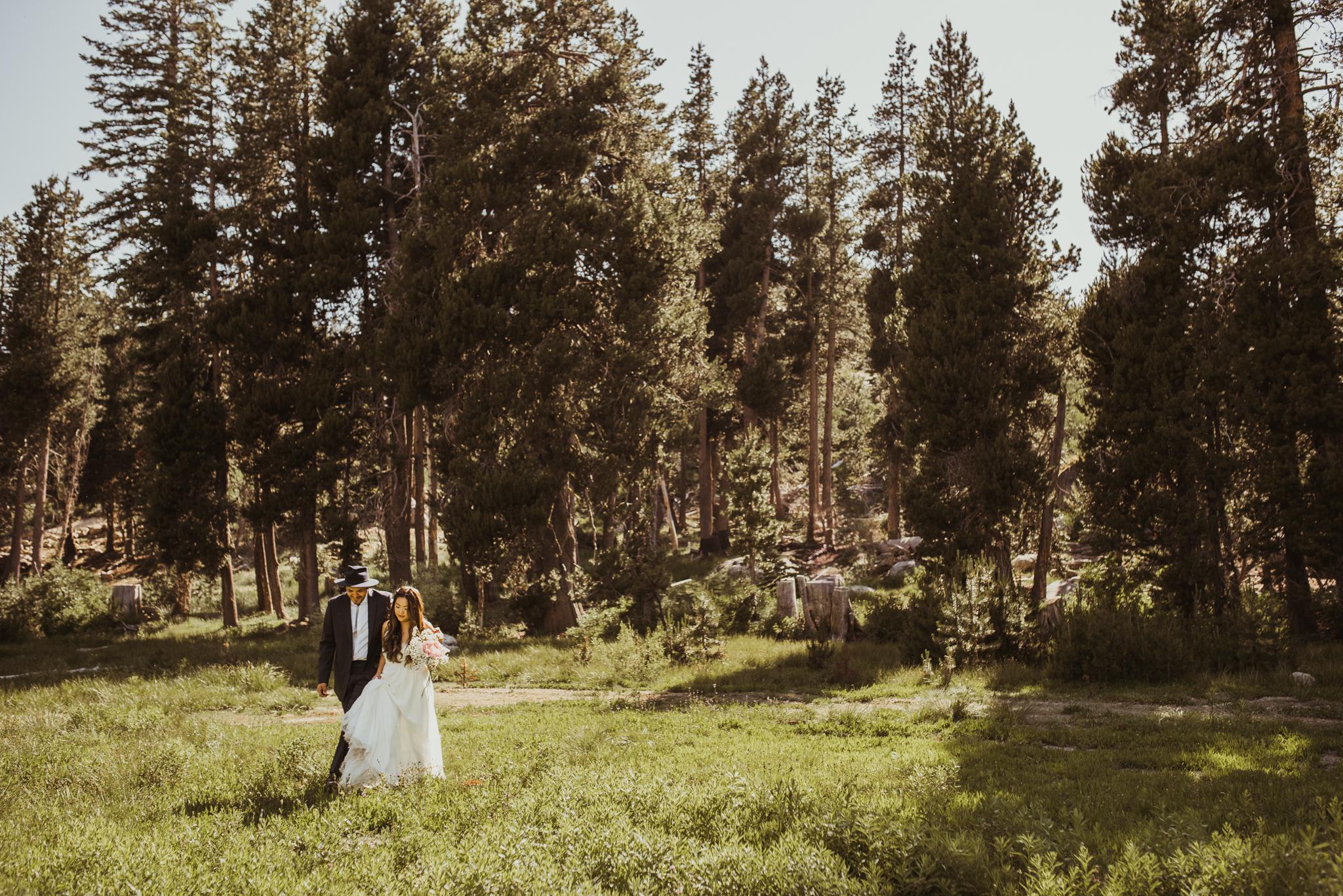 ©Isaiah & Taylor Photography -The Hideout Wedding, Kirkwood California, Lake Tahoe Wedding Photographer-91.jpg