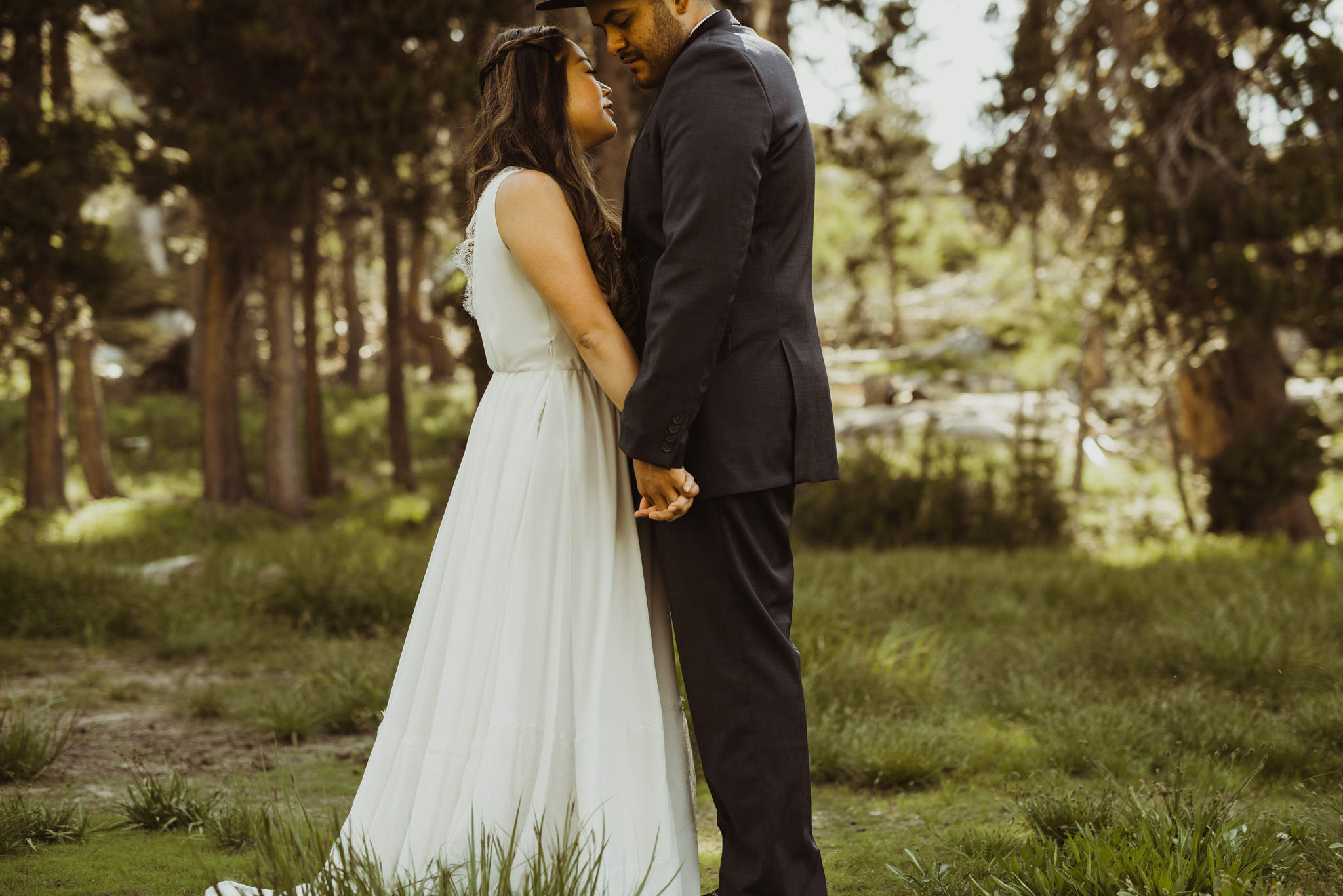 ©Isaiah & Taylor Photography -The Hideout Wedding, Kirkwood California, Lake Tahoe Wedding Photographer-106.jpg