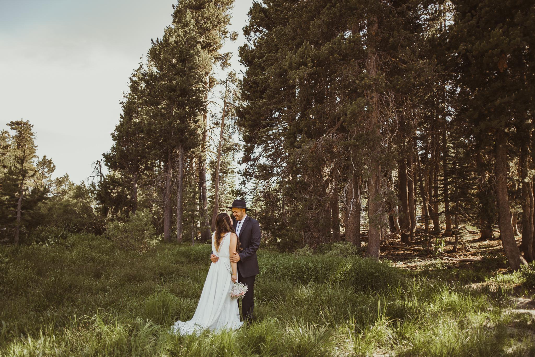 ©Isaiah & Taylor Photography -The Hideout Wedding, Kirkwood California, Lake Tahoe Wedding Photographer-111.jpg