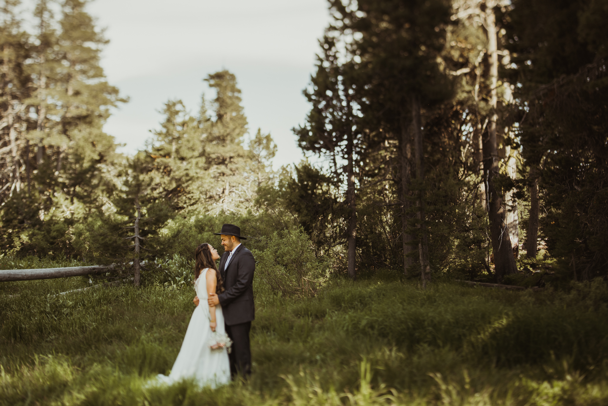 ©Isaiah & Taylor Photography -The Hideout Wedding, Kirkwood California, Lake Tahoe Wedding Photographer-114.jpg