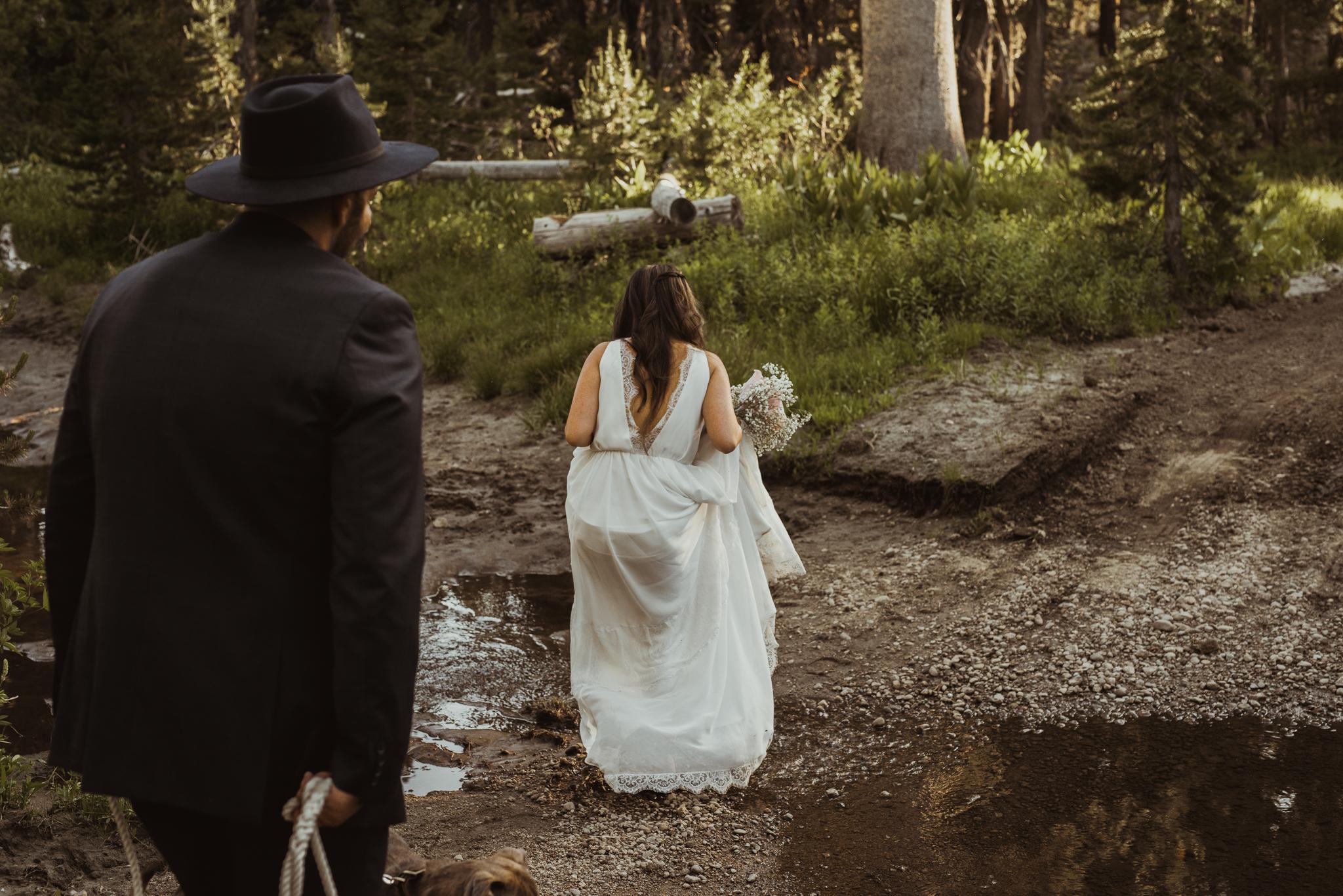 ©Isaiah & Taylor Photography -The Hideout Wedding, Kirkwood California, Lake Tahoe Wedding Photographer-158.jpg