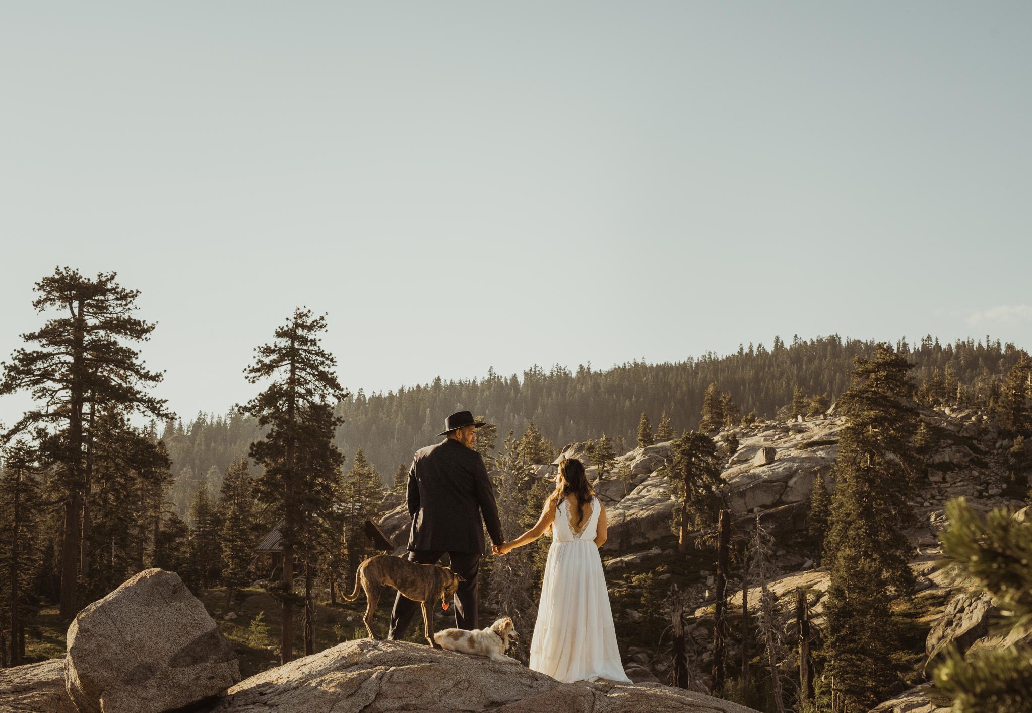 ©Isaiah & Taylor Photography -The Hideout Wedding, Kirkwood California, Lake Tahoe Wedding Photographer-165.jpg