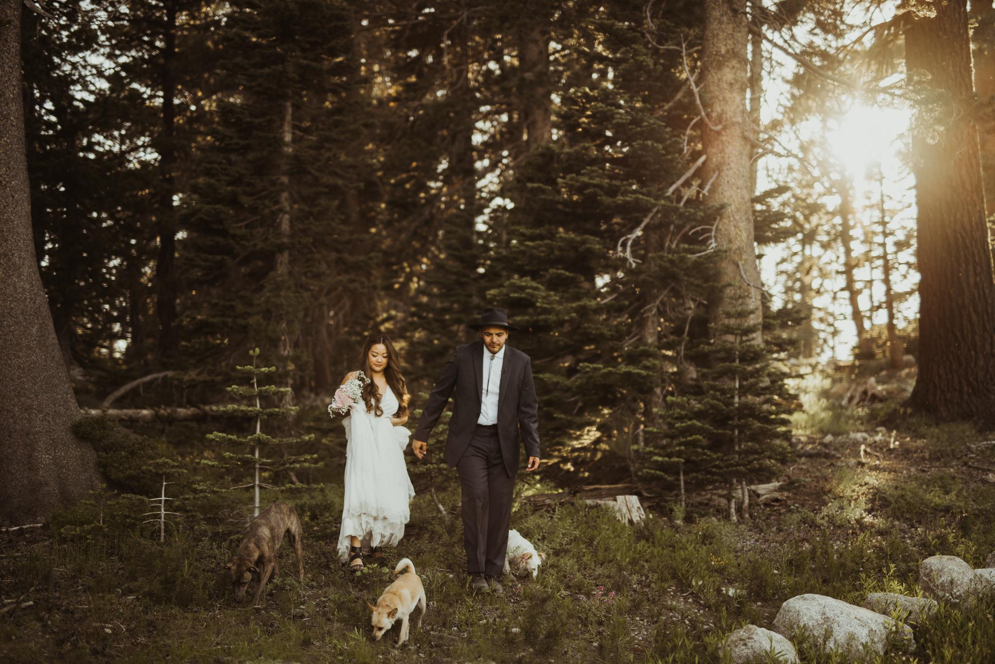 ©Isaiah & Taylor Photography -The Hideout Wedding, Kirkwood California, Lake Tahoe Wedding Photographer-170.jpg