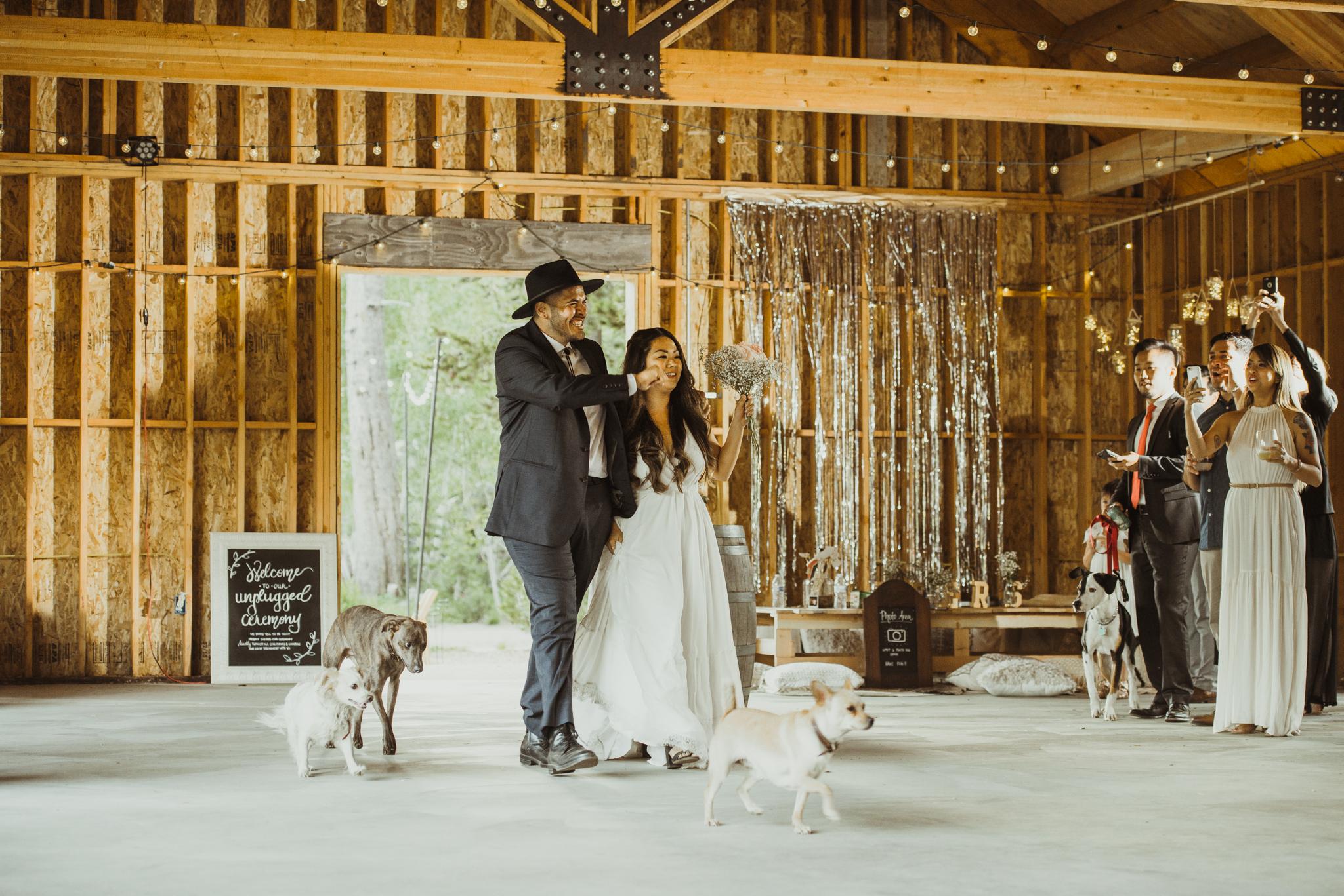 ©Isaiah & Taylor Photography -The Hideout Wedding, Kirkwood California, Lake Tahoe Wedding Photographer-195.jpg