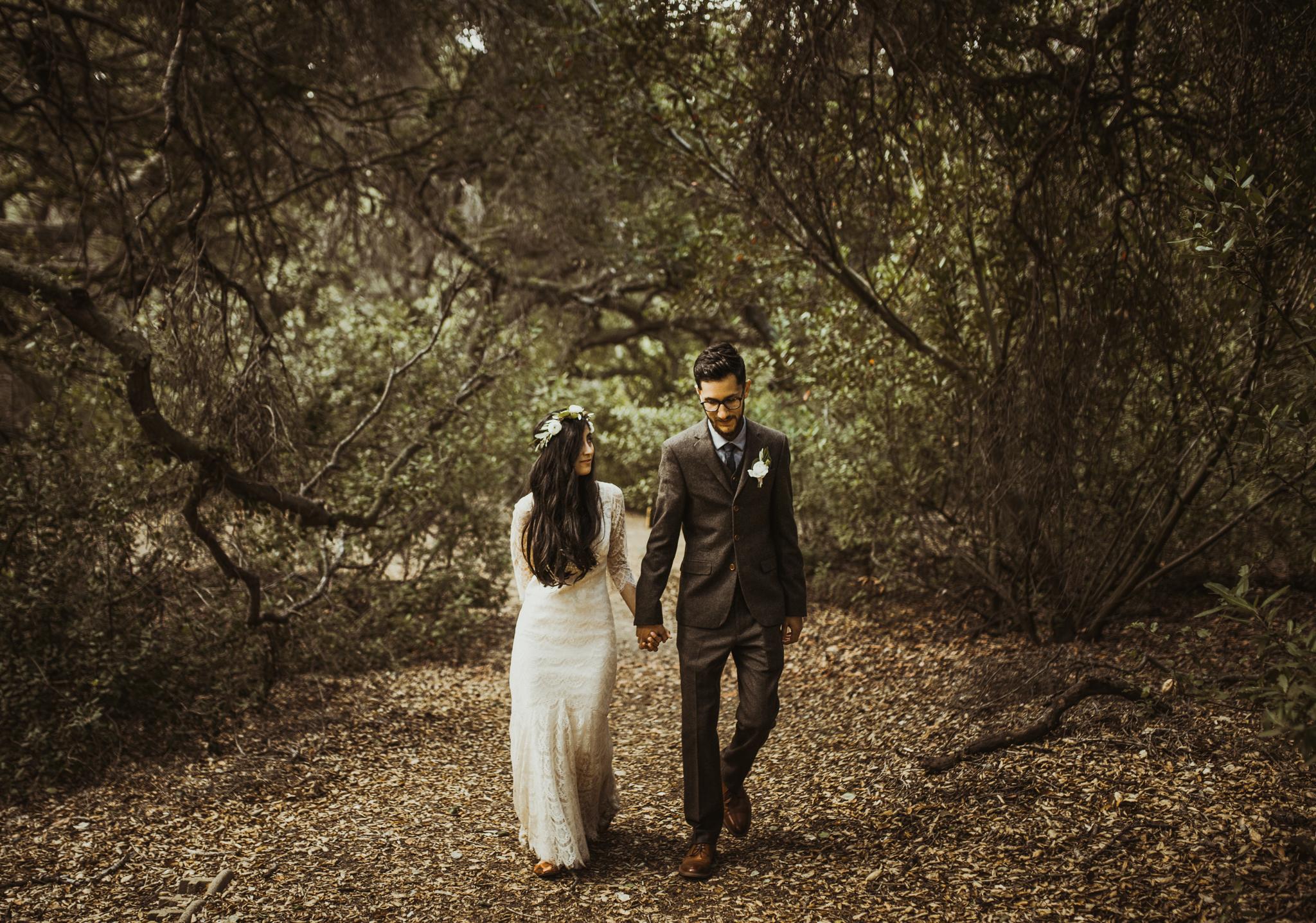 ©Isaiah-&-Taylor-Photography---Oak-Canyon-Nature-Center-Wedding,-Anaheim-Hills-020.jpg