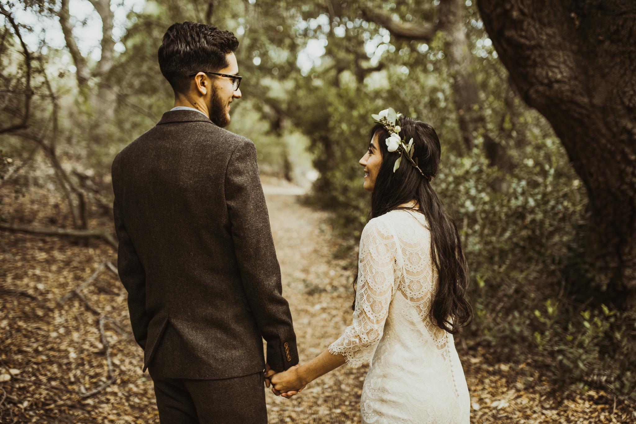 ©Isaiah-&-Taylor-Photography---Oak-Canyon-Nature-Center-Wedding,-Anaheim-Hills-022.jpg