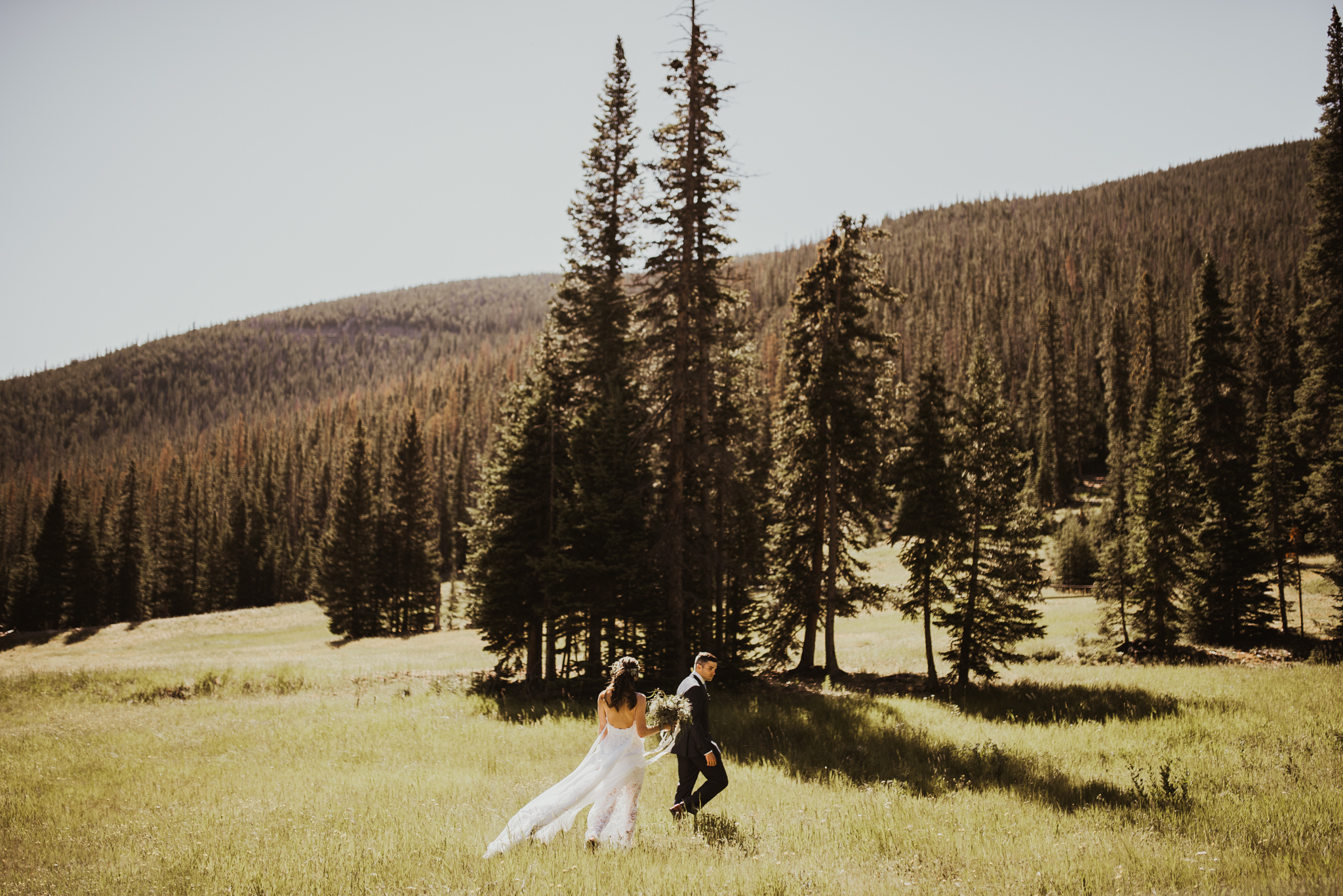 ©Isaiah + Taylor Photography - Estes National Park Adventure Elopement, Colorado Rockies-49.jpg