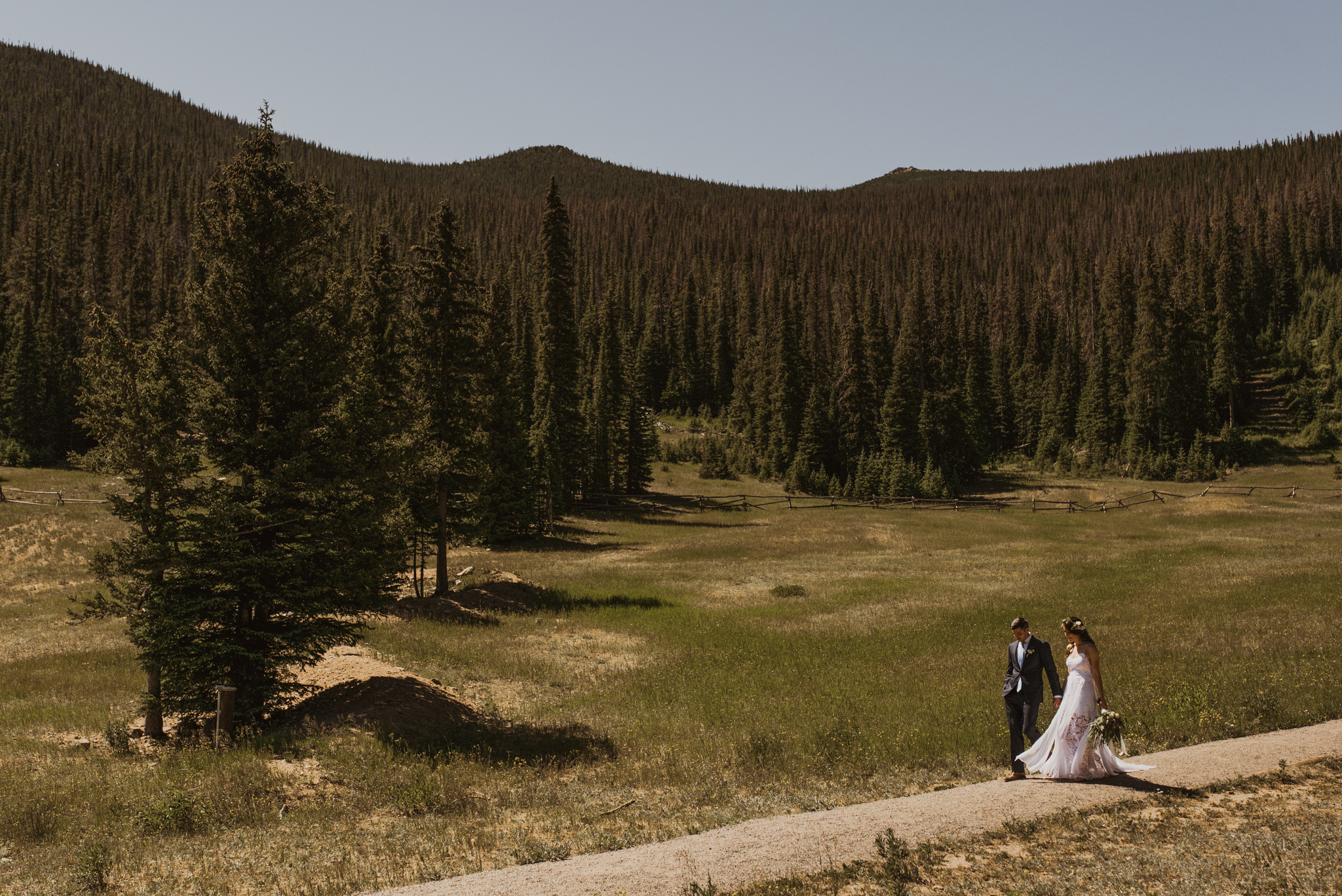 ©Isaiah + Taylor Photography - Estes National Park Adventure Elopement, Colorado Rockies-79.jpg